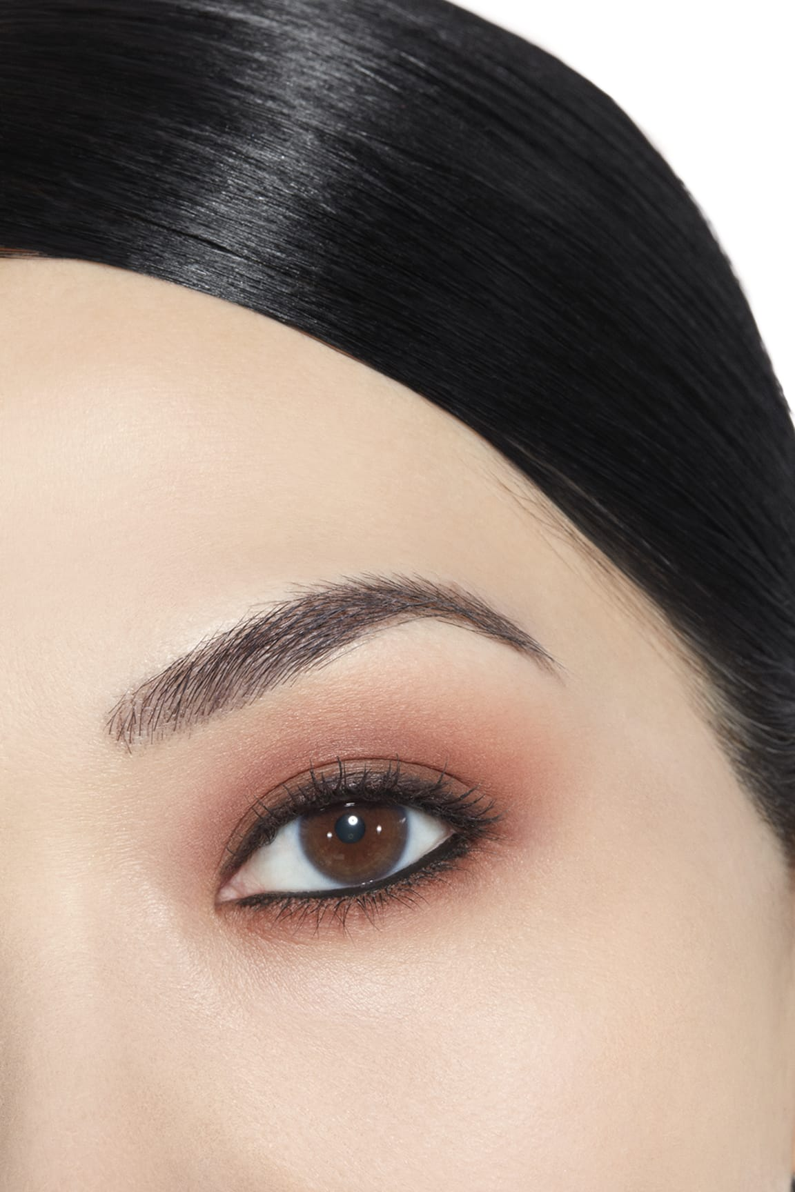 Anwendung Make-up-Bild 1 - LES 4 OMBRES 268 - CANDEUR ET EXPÉRIENCE