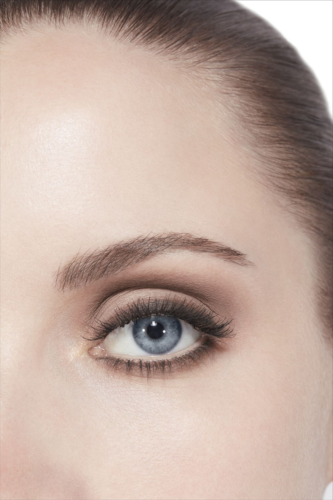Application makeup visual 3 - LES 4 OMBRES 308 - CLAIR-OBSCUR