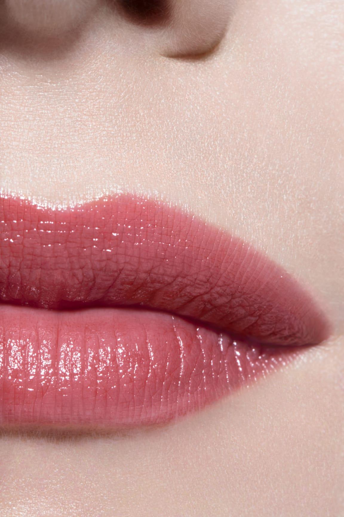 Imagen aplicación de maquillaje 3 - LES BEIGES BAUME À LÈVRES INTENSE