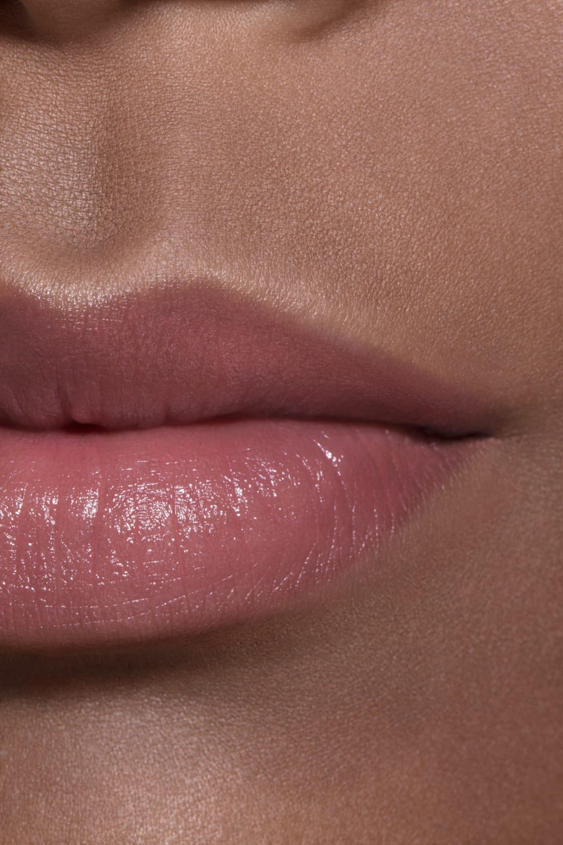 Application makeup visual 2 - Les Beiges WARM