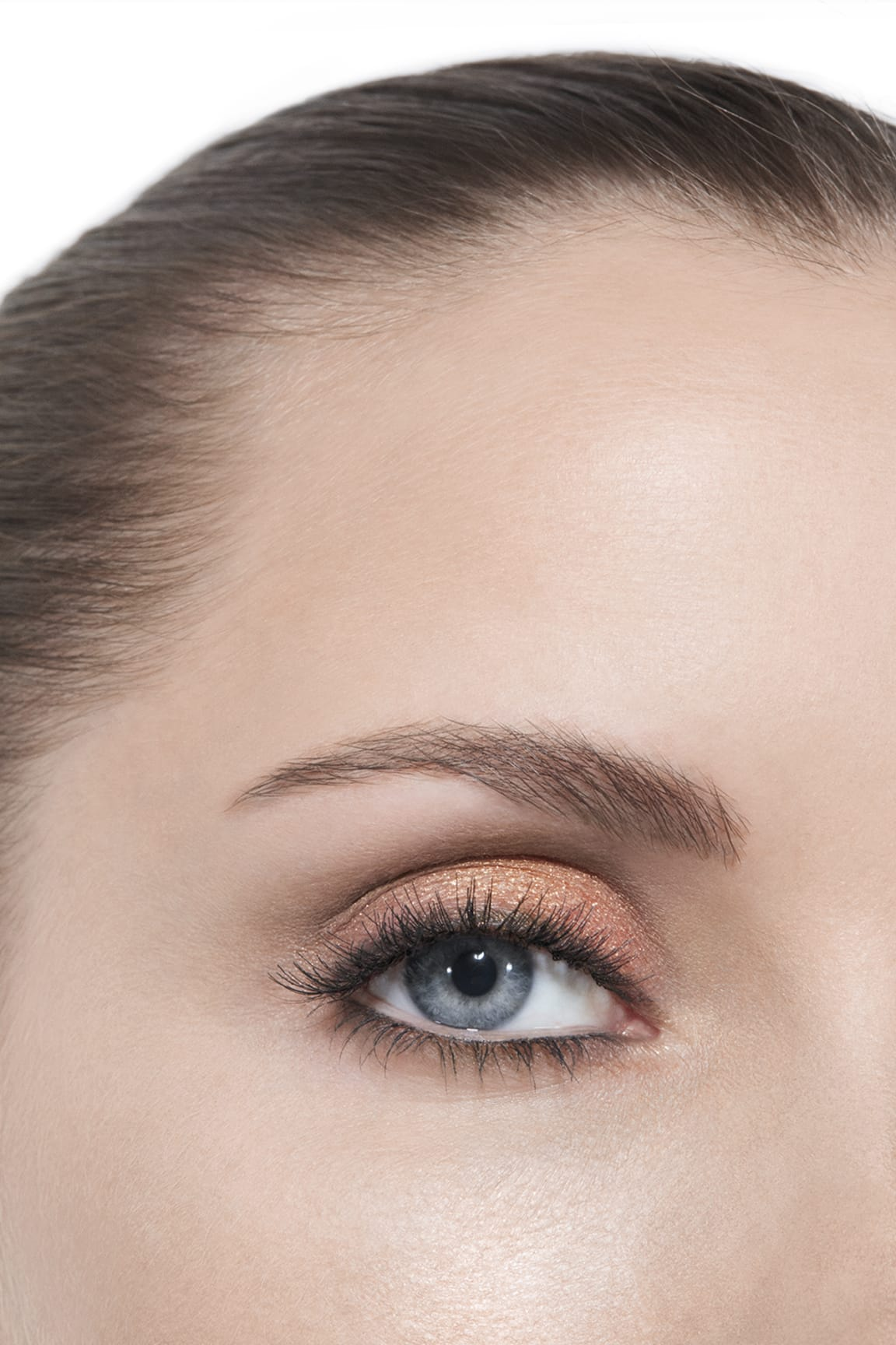Application makeup visual 3 - LES BEIGES EYESHADOW PALETTE WARM