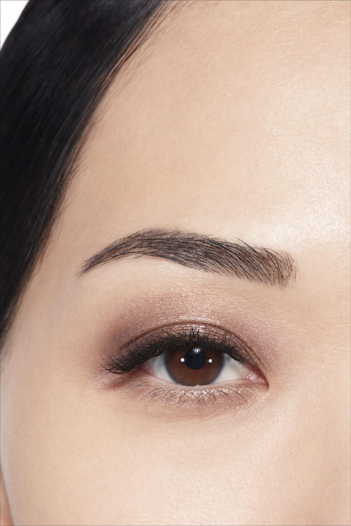 Application makeup visual 1 - OMBRE PREMIÈRE LAQUE 28 - DESERT WIND