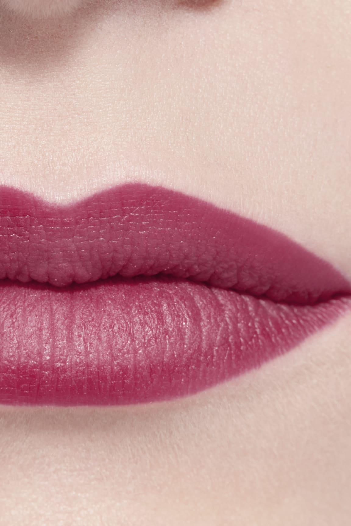 Application makeup visual 3 - ROUGE ALLURE CAMÉLIA 617 - ROUGE ALLURE VELVET CAMÉLIA GRENAT