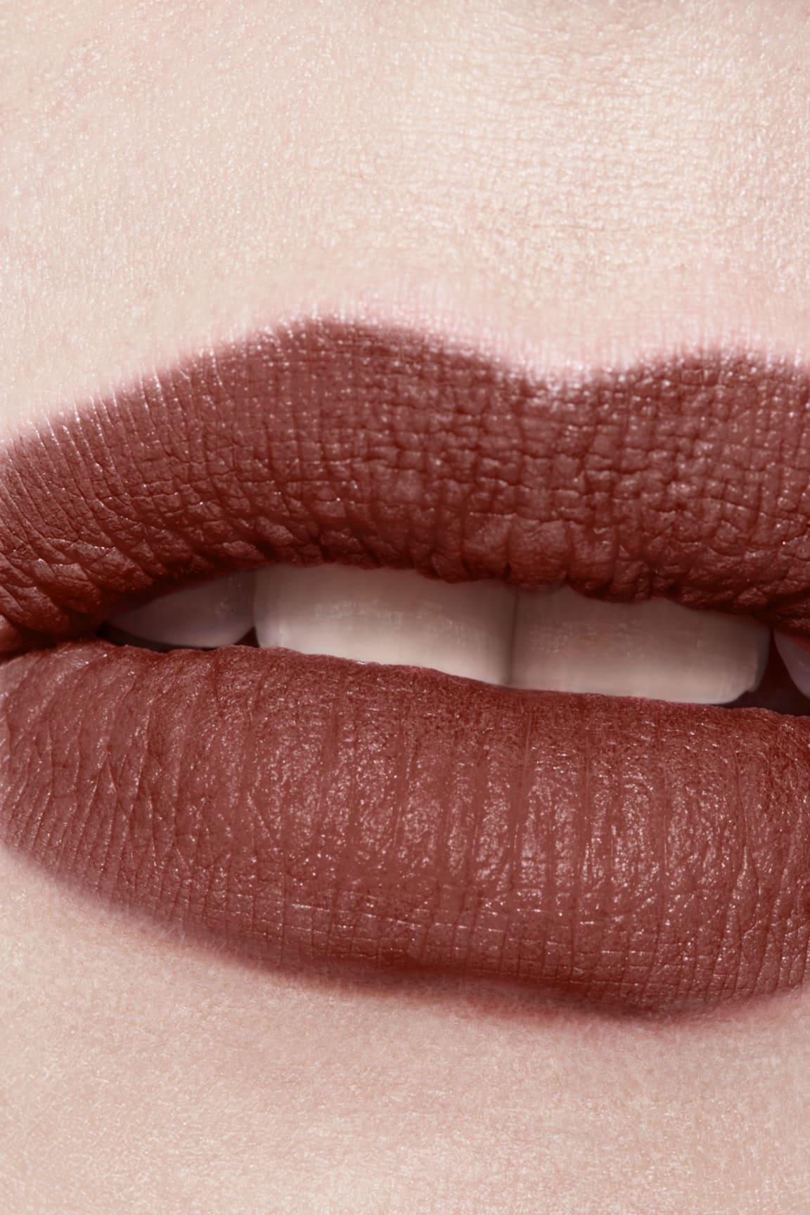 Application makeup visual 3 - ROUGE ALLURE INK FUSION 834 - AMBIGUÏTÉ