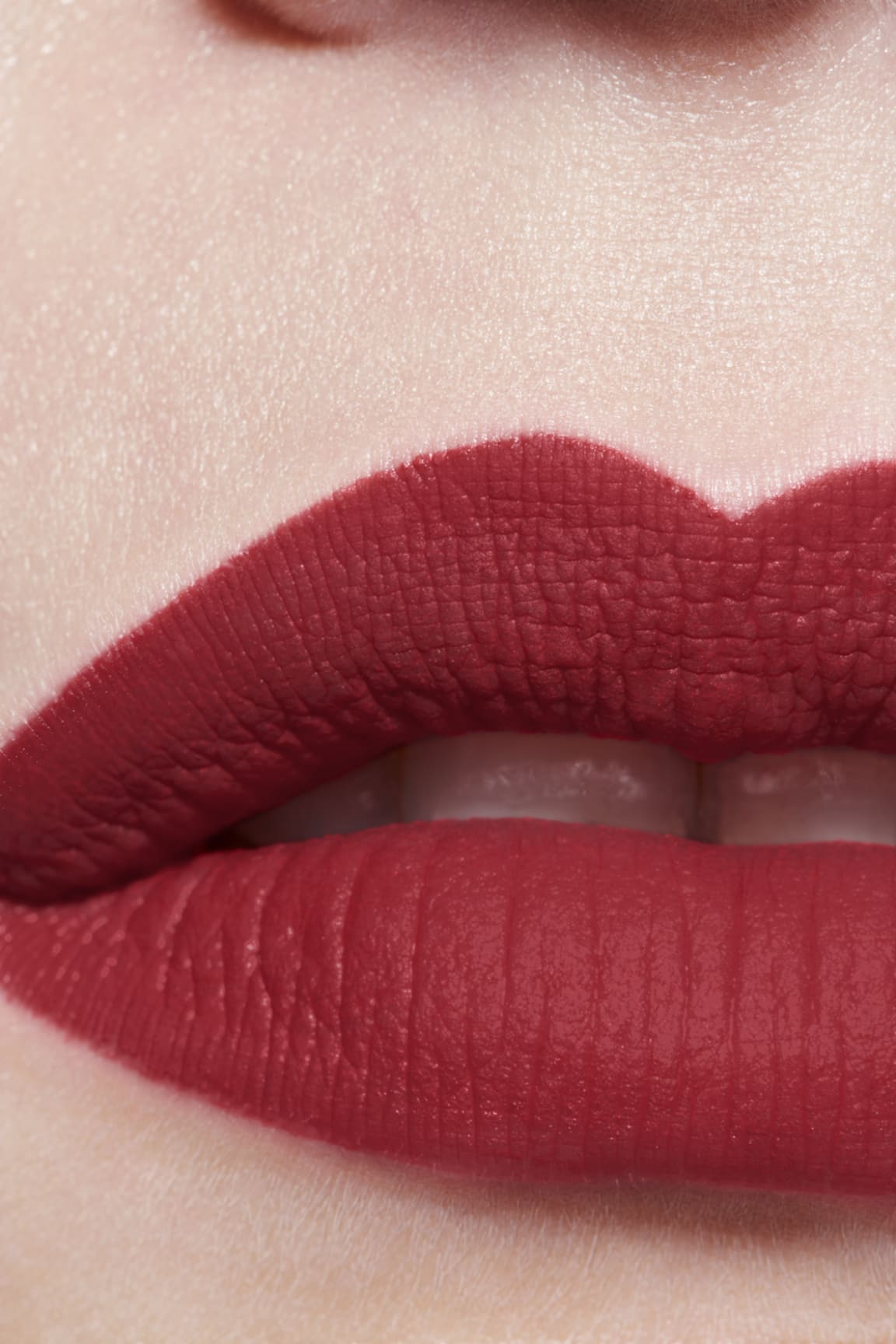 Application makeup visual 3 - ROUGE ALLURE INK FUSION 836 - IDYLLIQUE