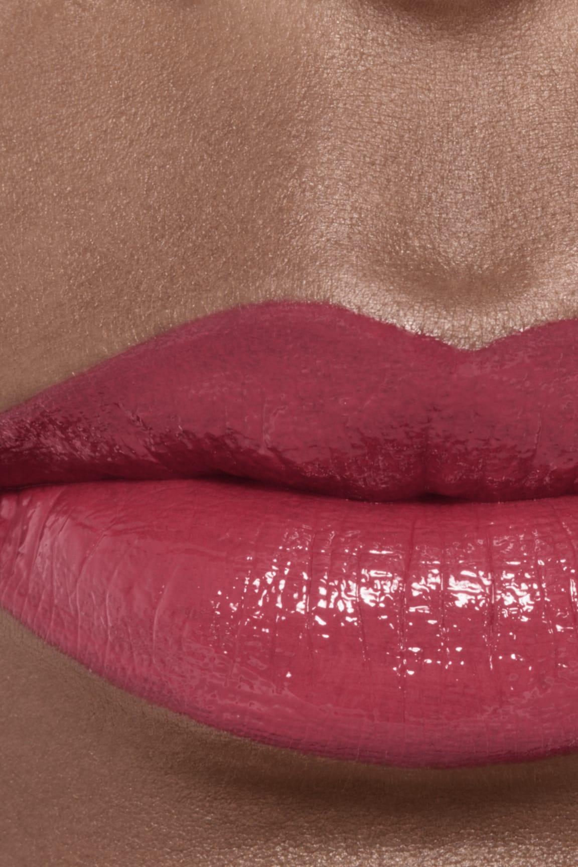 Imagen aplicación de maquillaje 2 - ROUGE ALLURE LAQUE 64 - EXIGENCE