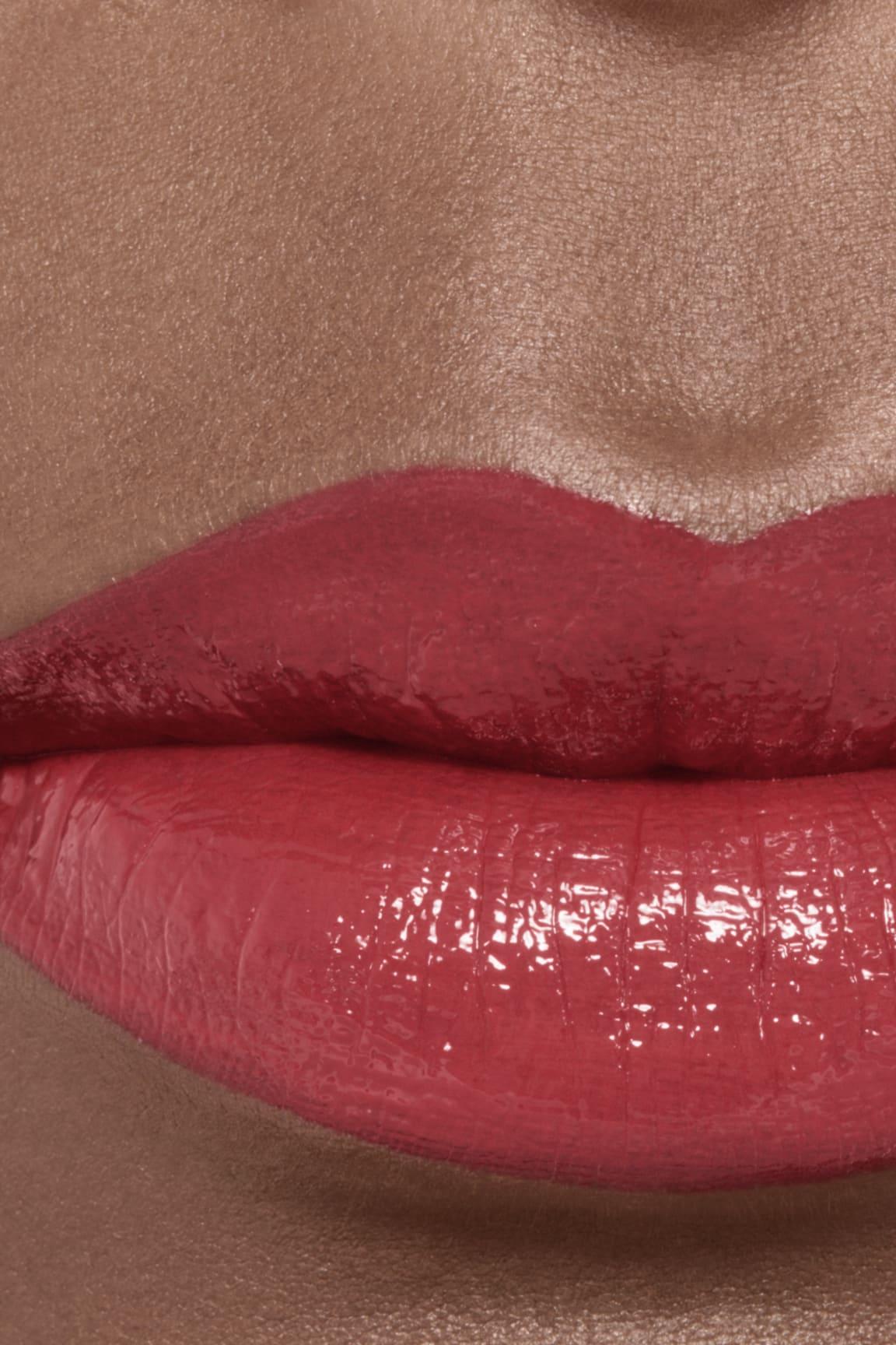 Imagen aplicación de maquillaje 2 - ROUGE ALLURE LAQUE 65 - IMPERTURBABLE