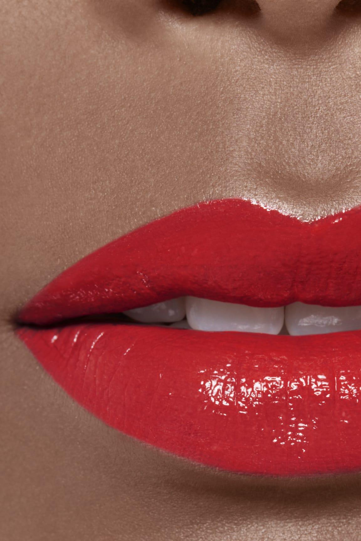 Imagen aplicación de maquillaje 2 - ROUGE ALLURE LAQUE 68 - UNLIMITED