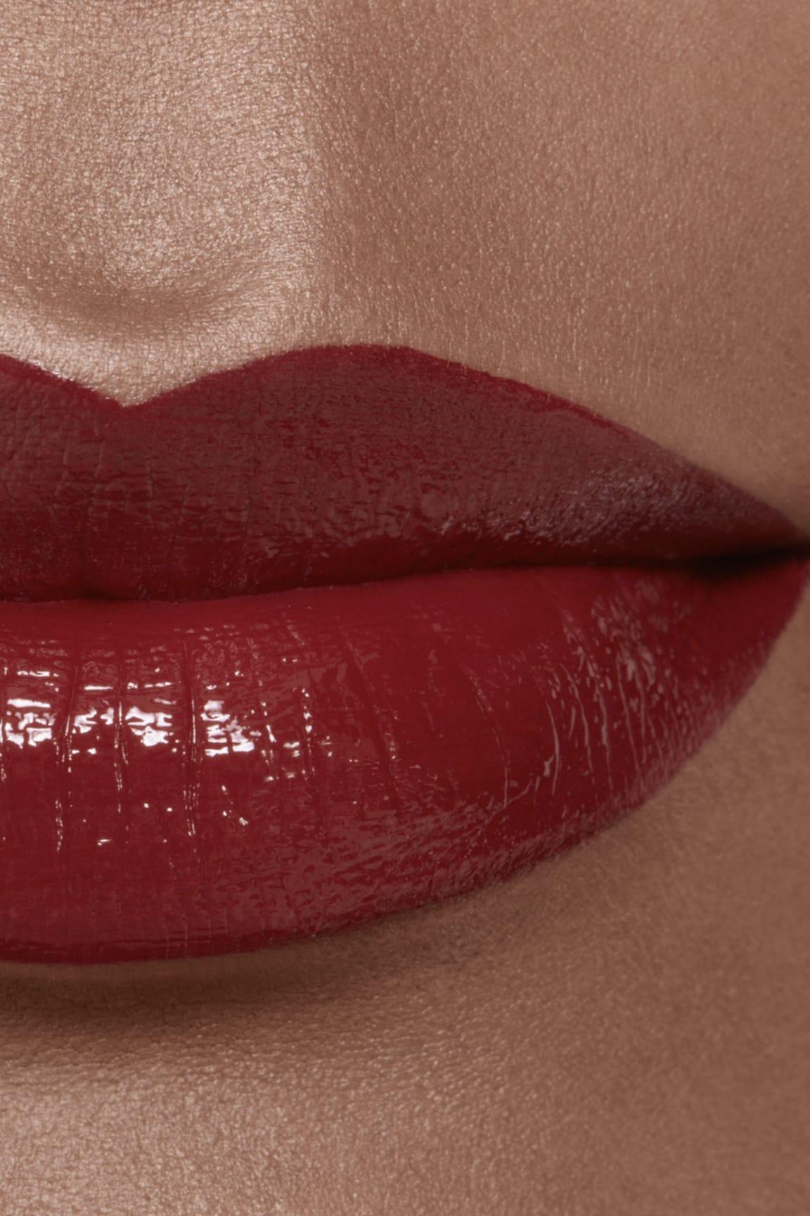 Imagen aplicación de maquillaje 2 - ROUGE ALLURE LAQUE 74 - EXPÉRIMENTÉ