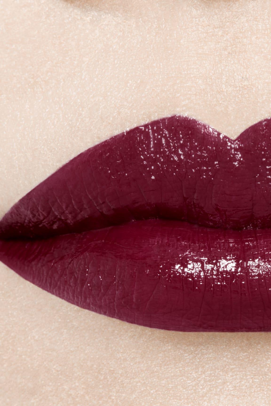 Imagen aplicación de maquillaje 1 - ROUGE ALLURE LAQUE 79 - ÉTERNITÉ