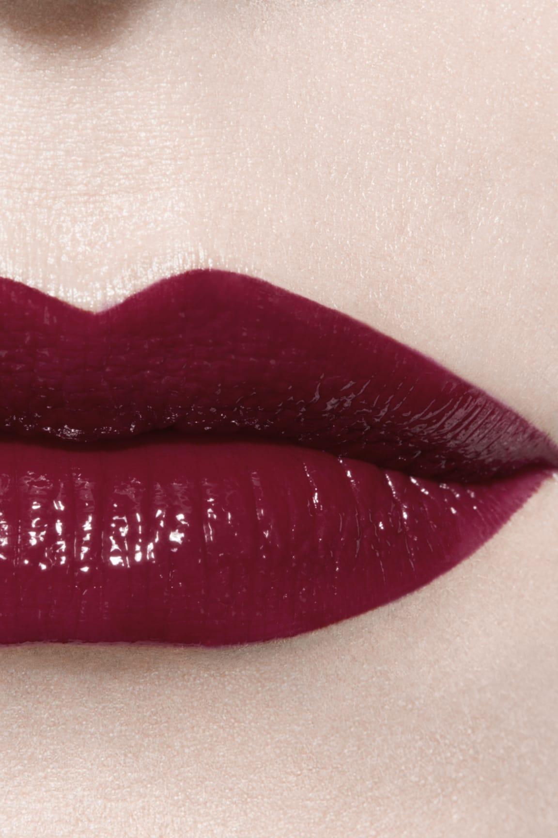 Imagen aplicación de maquillaje 3 - ROUGE ALLURE LAQUE 79 - ÉTERNITÉ