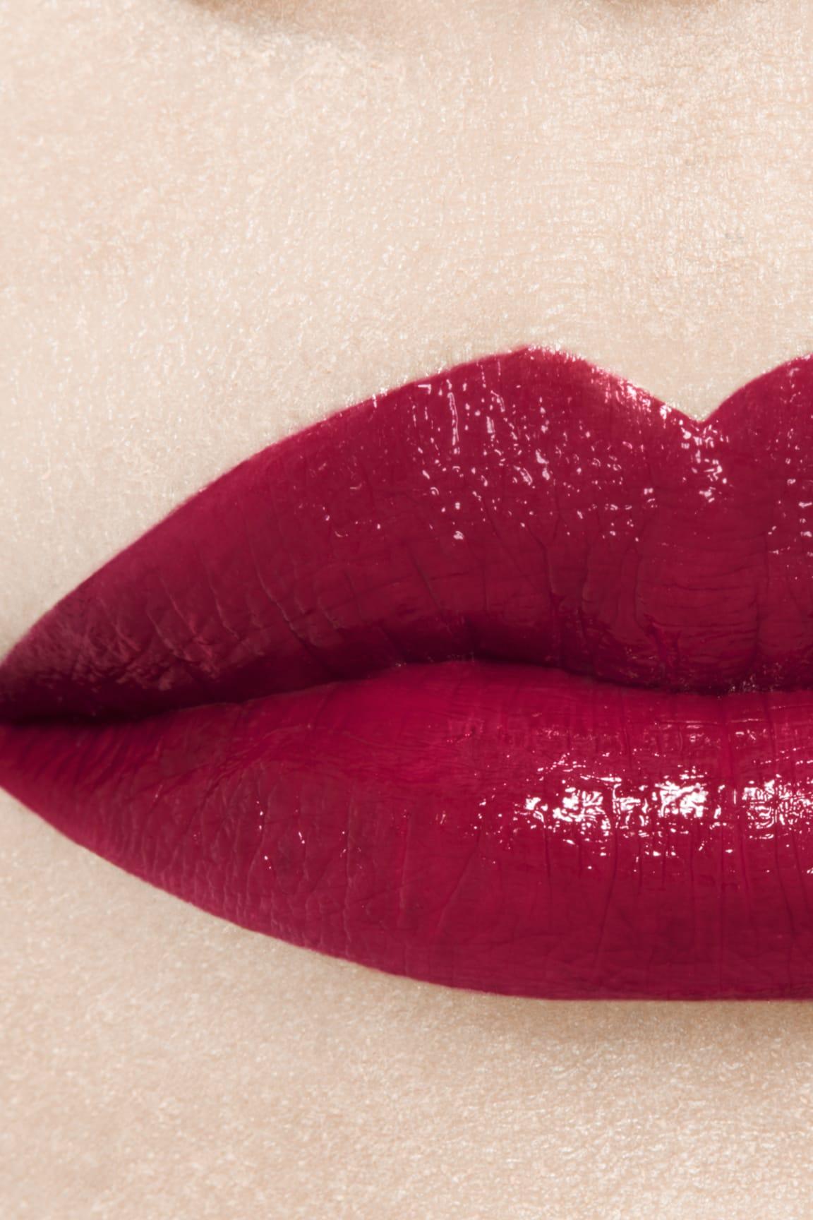 Imagen aplicación de maquillaje 1 - ROUGE ALLURE LAQUE 80 - TIMELESS