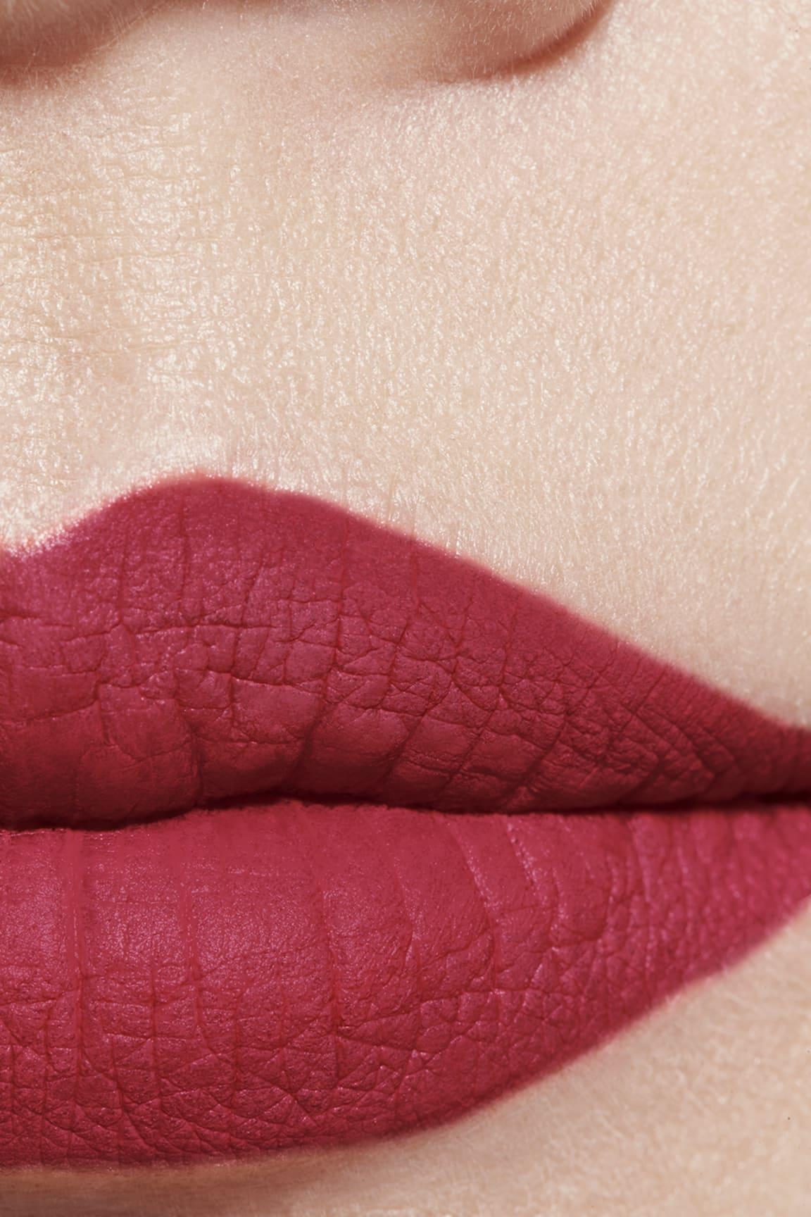Application makeup visual 1 - ROUGE ALLURE VELVET EXTRÊME 114 - ÉPITOME