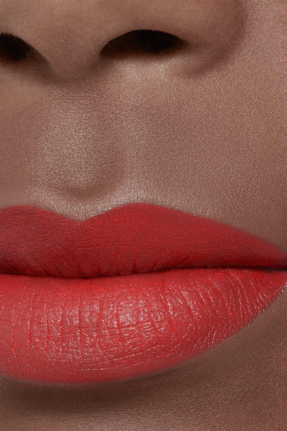 Visuel d'application maquillage 2 - ROUGE ALLURE VELVET LE LION DE CHANEL 247 - ROUGE IMPULSIF