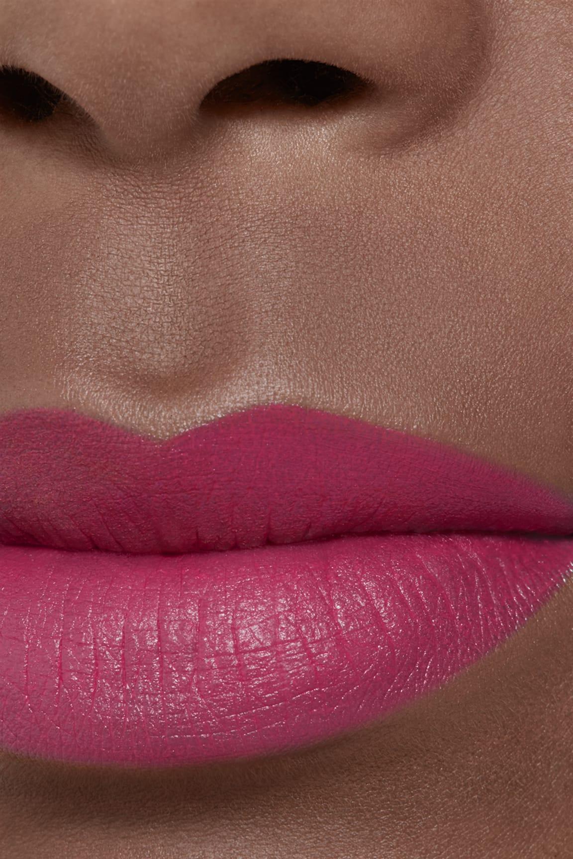 Application makeup visual 2 - ROUGE ALLURE VELVET 37 - L'EXUBÉRANTE