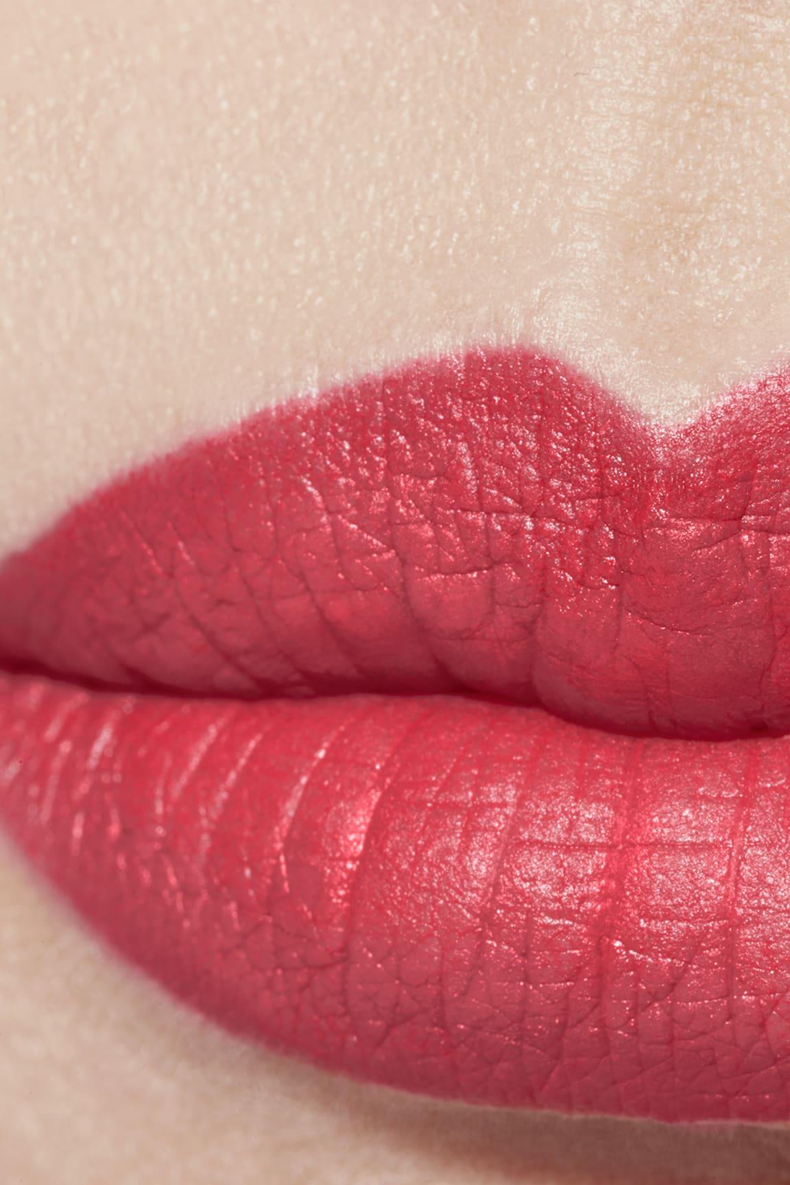 Application makeup visual 1 - ROUGE ALLURE VELVET 66 - L'INDOMABILE