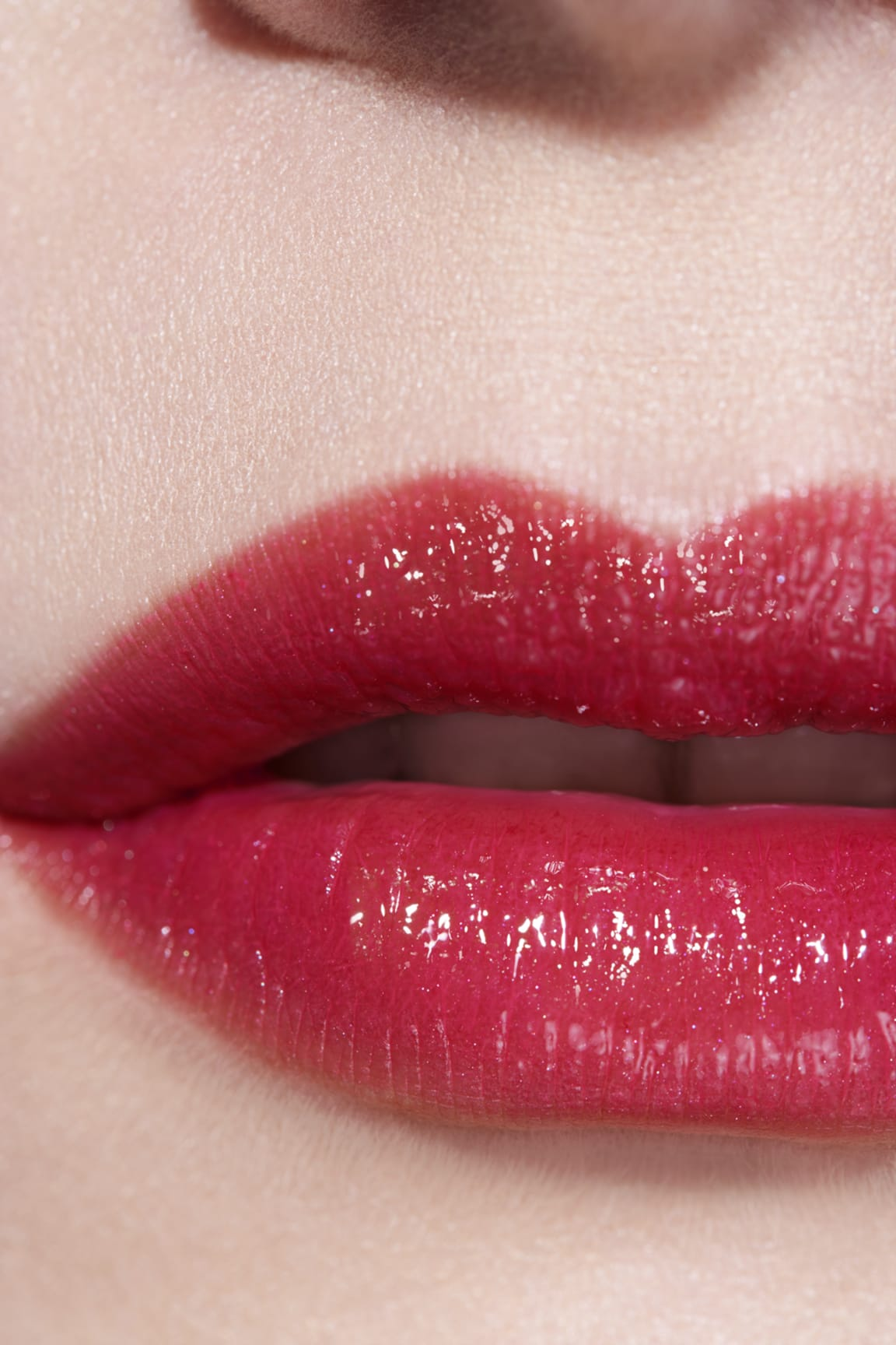 Application makeup visual 3 - ROUGE COCO FLASH 92 - AMOUR