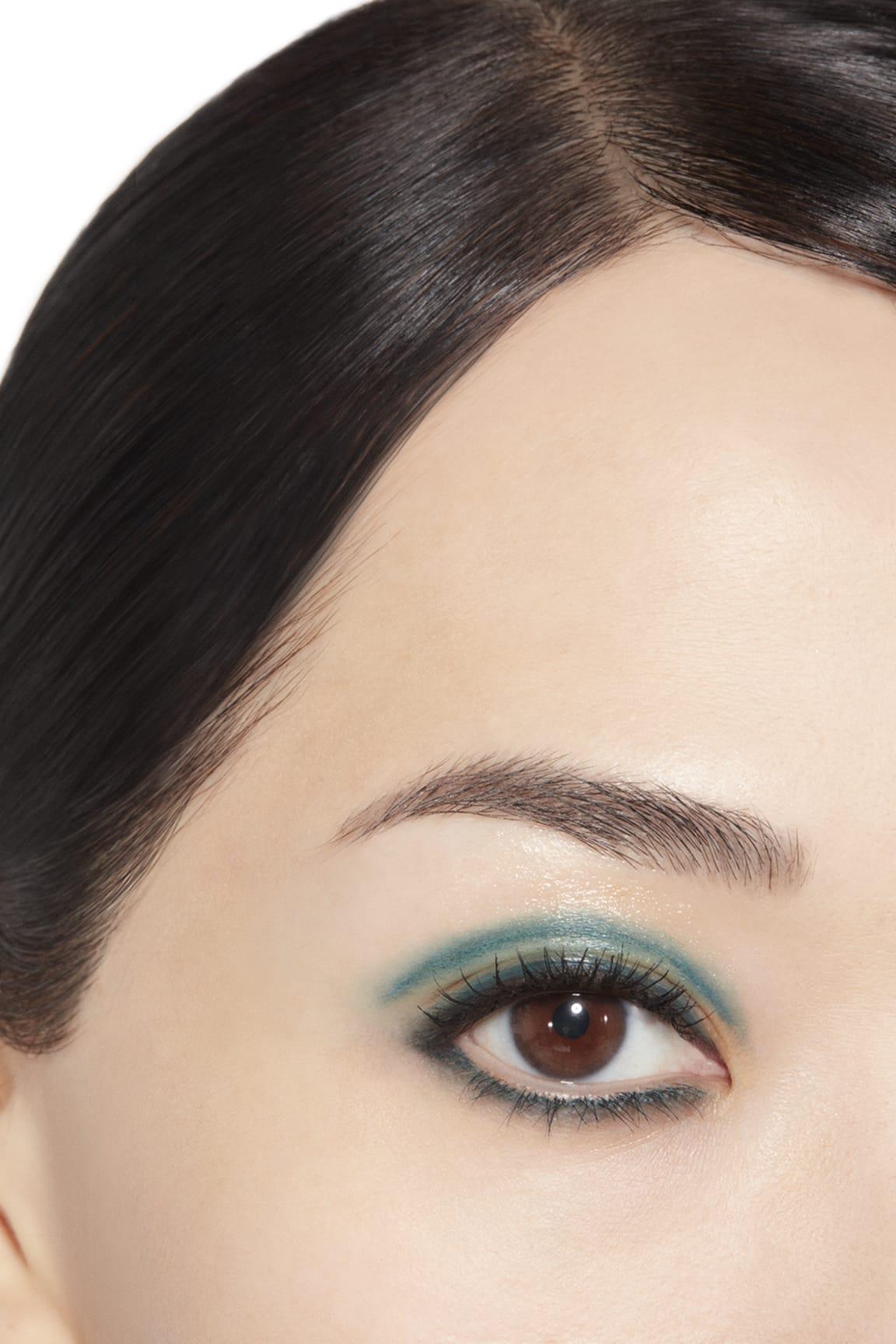 Application makeup visual 1 - STYLO OMBRE ET CONTOUR 02 - BLEU NUIT