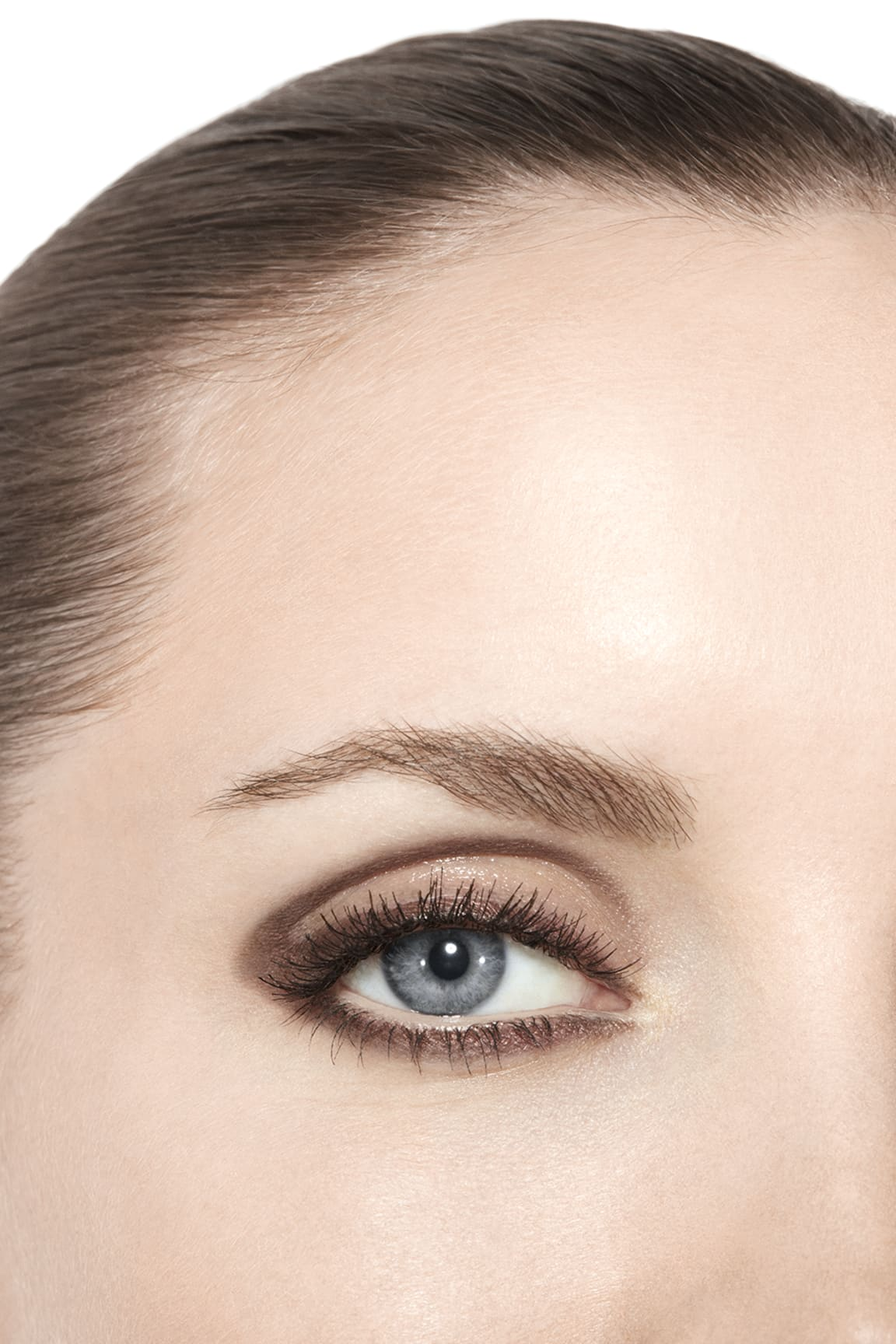 Application makeup visual 3 - STYLO OMBRE ET CONTOUR 04 - ELECTRIC BROWN
