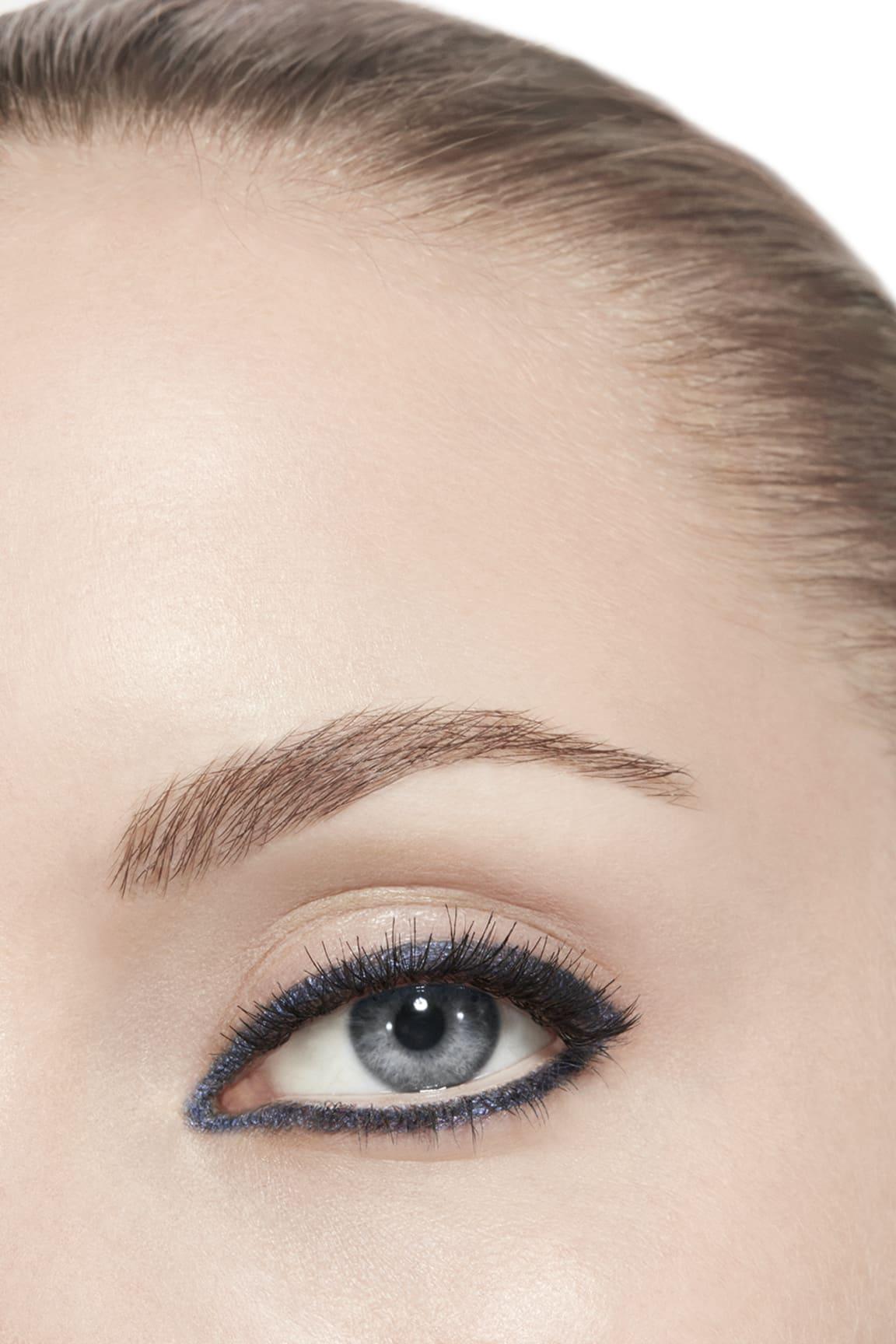 Anwendung Make-up-Bild 3 - STYLO YEUX WATERPROOF 30 - MARINE