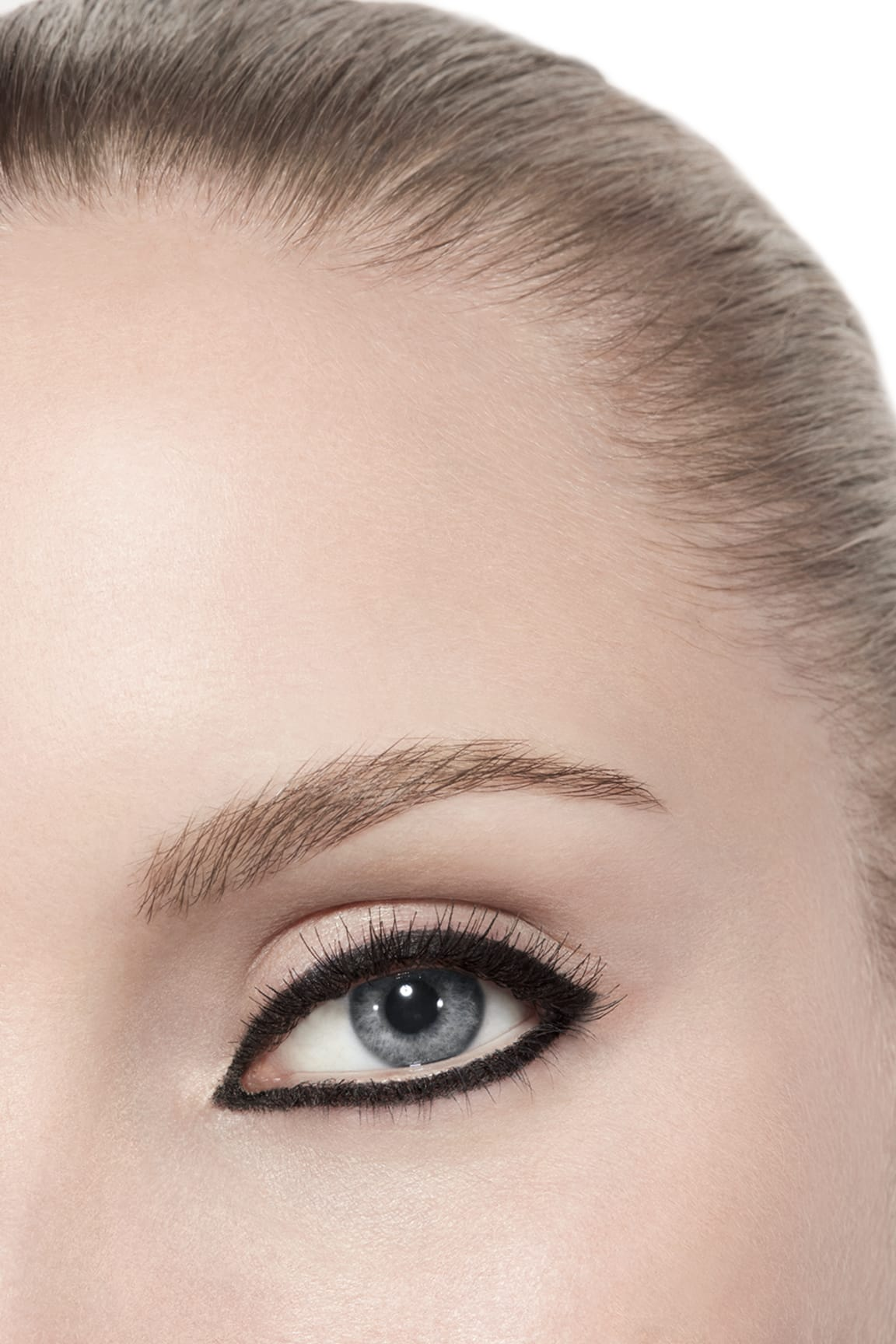 Application makeup visual 3 - STYLO YEUX WATERPROOF 88 - NOIR INTENSE