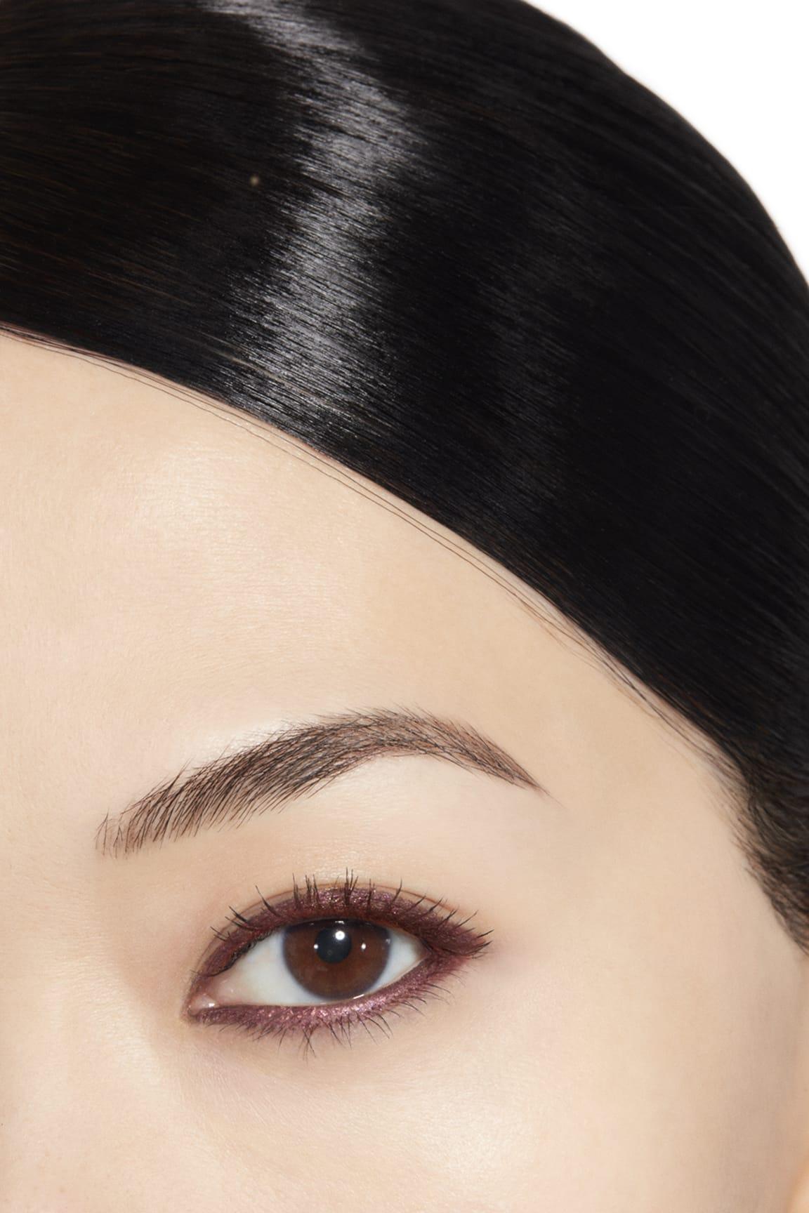 Application makeup visual 1 - STYLO YEUX WATERPROOF 955 - ROMANCE