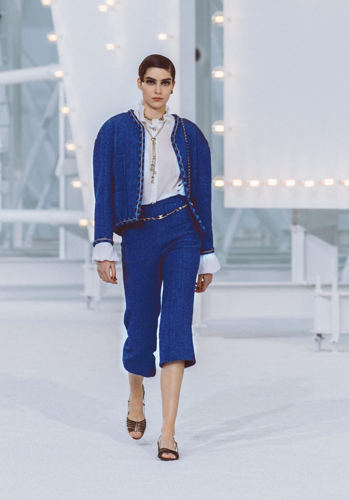 zoom - Image 1 - Look 21