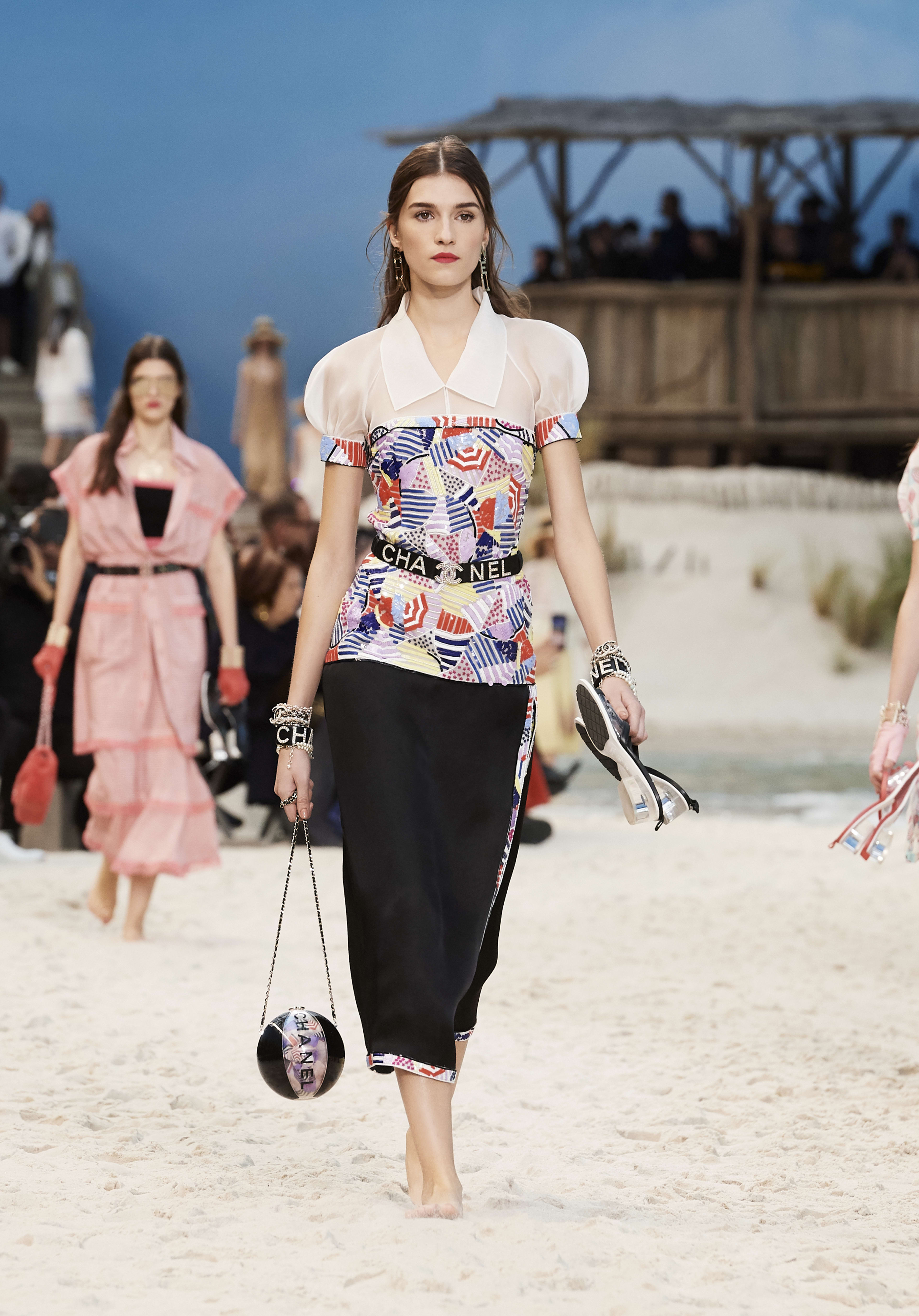 5a62bf93a4b5 Look 35 - Spring-Summer 2019