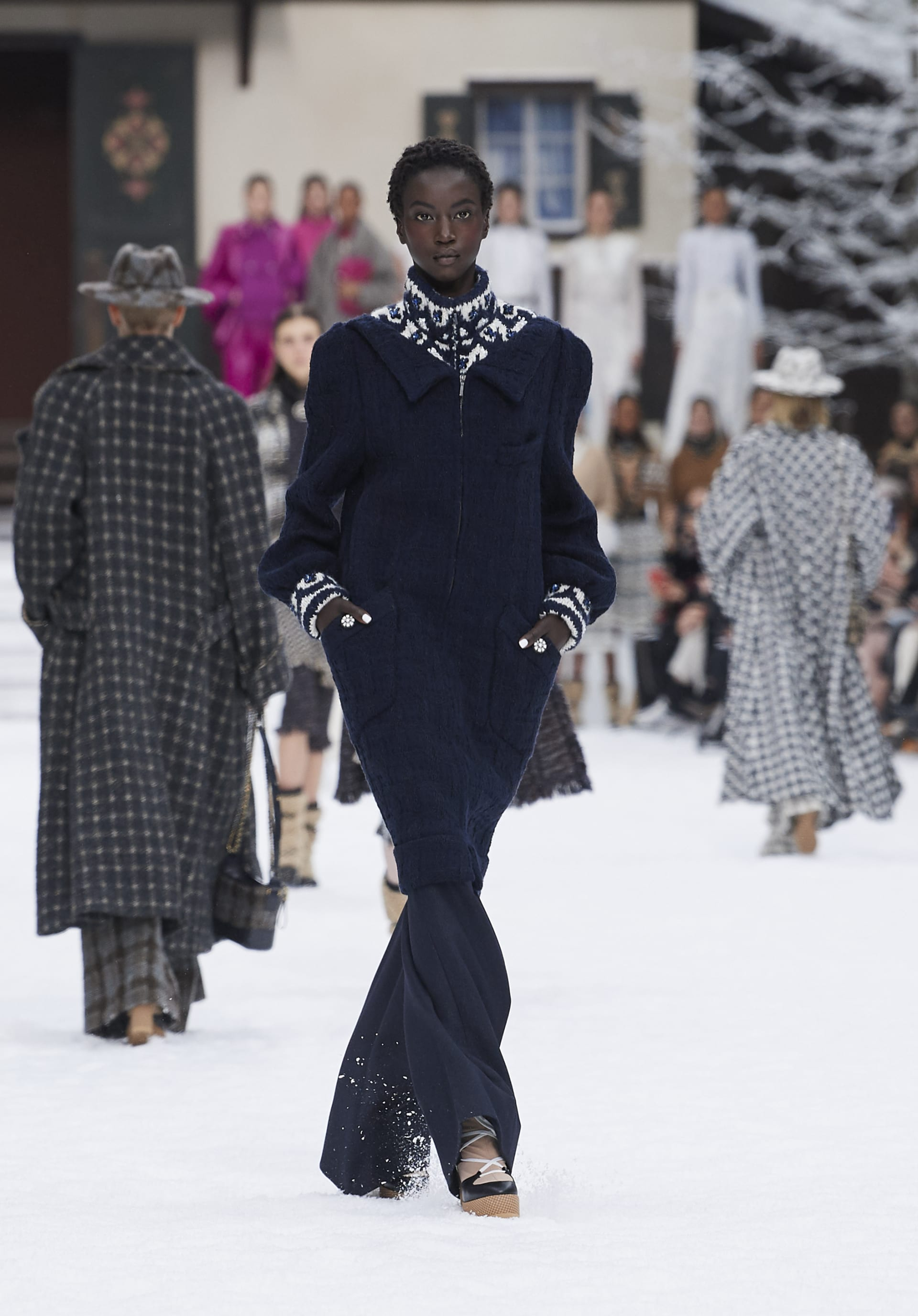 View 1 - Look 17 - Fall-Winter 2019/20