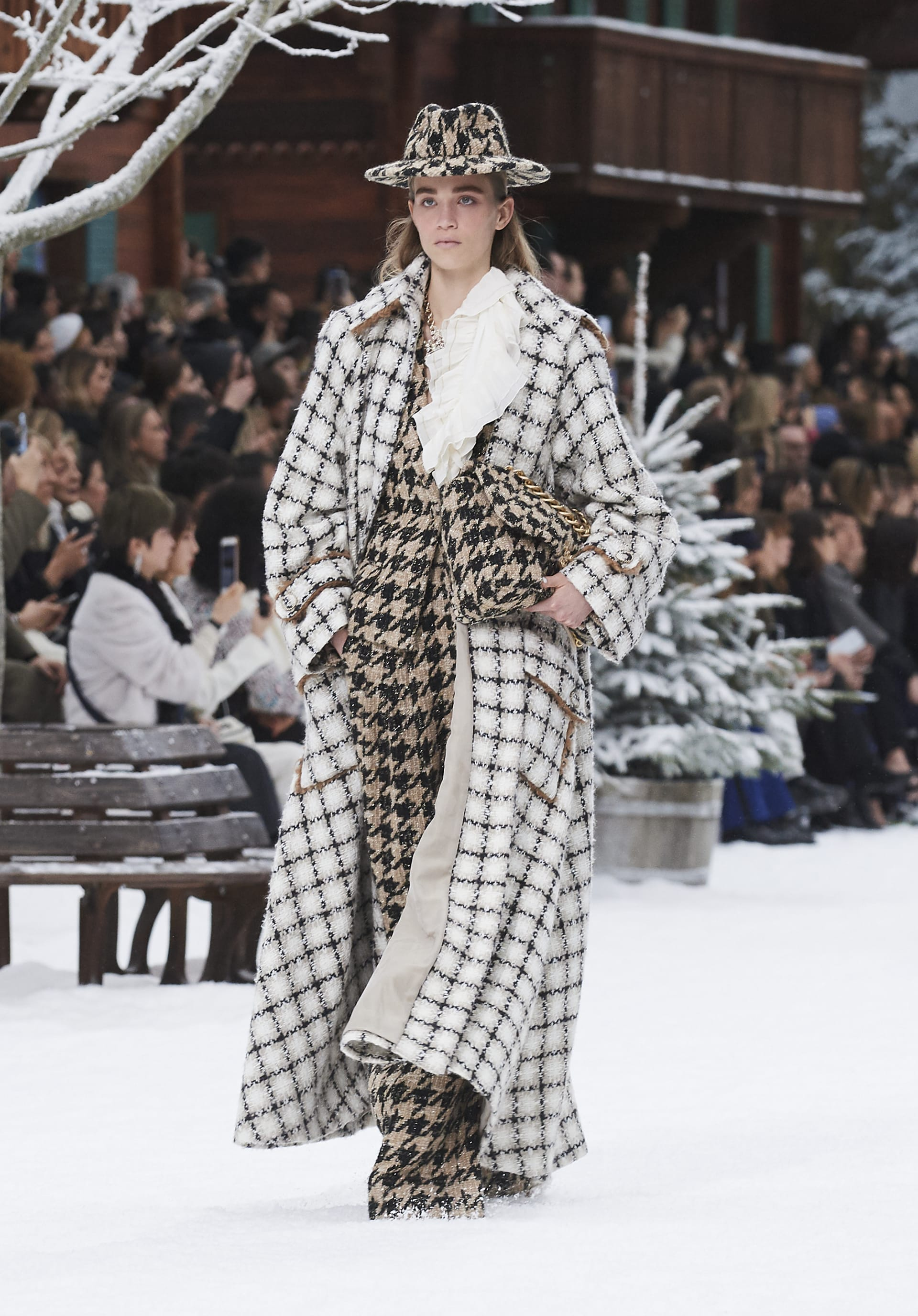 View 1 - Look 2 - Fall-Winter 2019/20