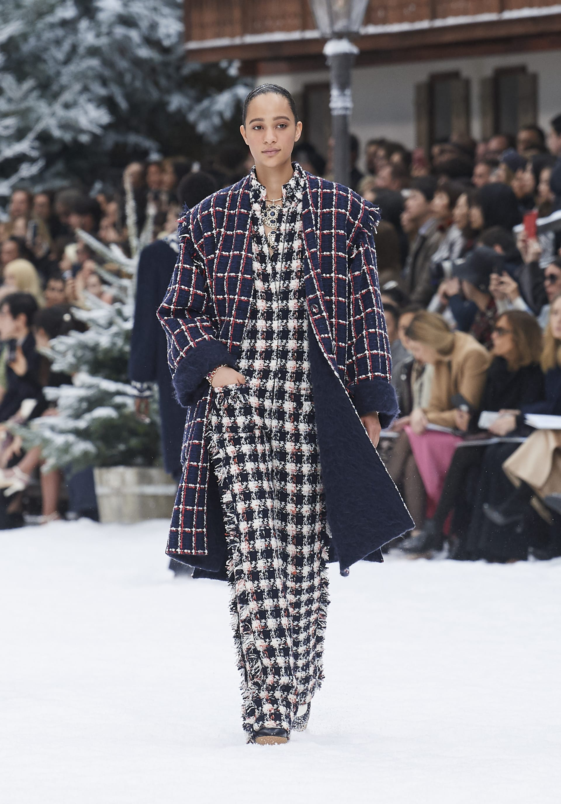 View 1 - Look 30 - Fall-Winter 2019/20