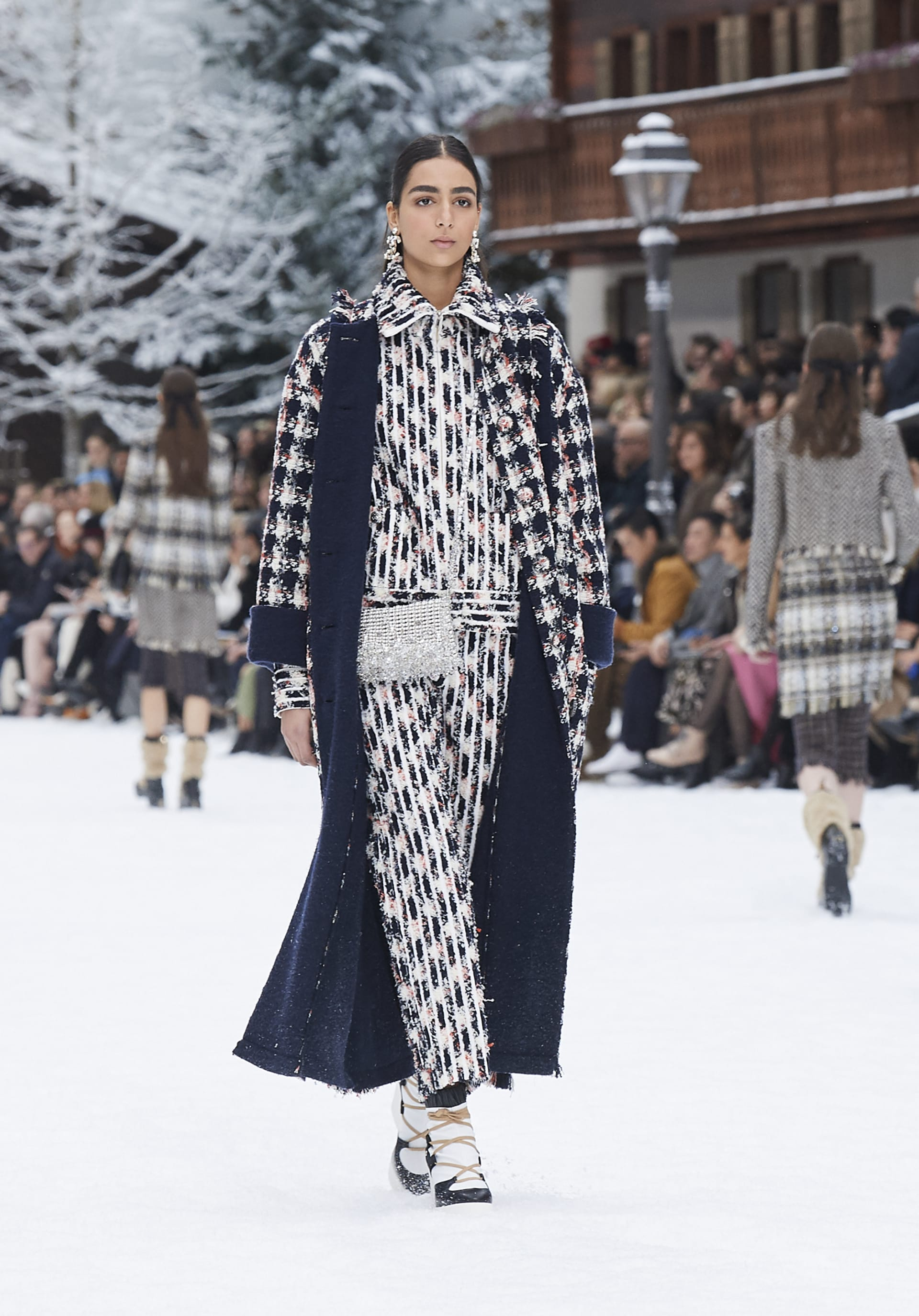View 1 - Look 31 - Fall-Winter 2019/20