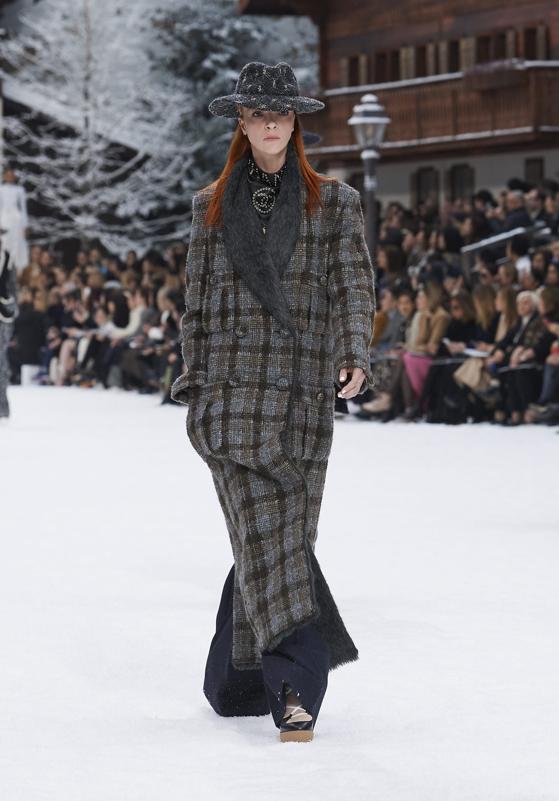 View 1 - Look 5 - Fall-Winter 2019/20