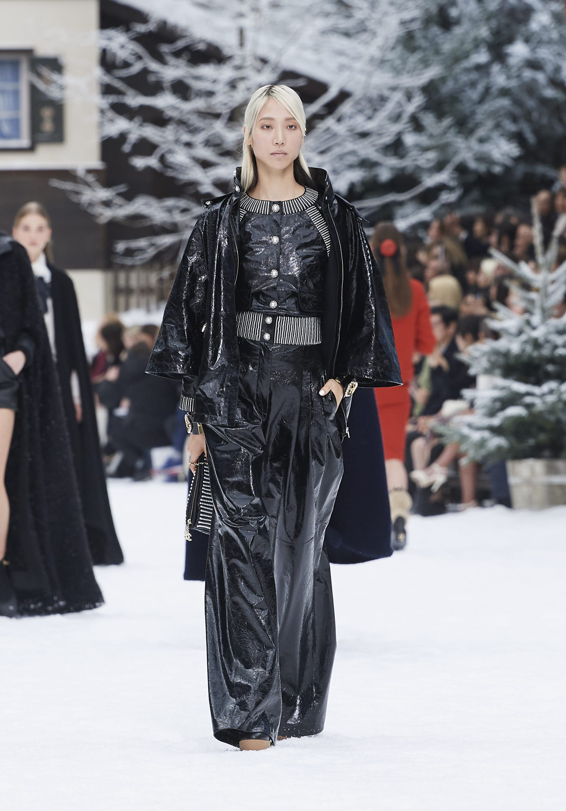 View 1 - Look 55 - Fall-Winter 2019/20