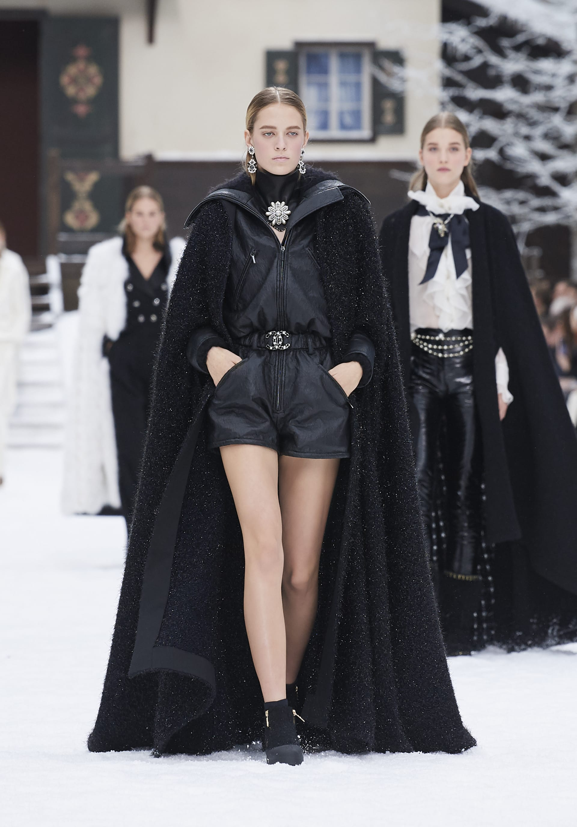 View 1 - Look 57 - Fall-Winter 2019/20