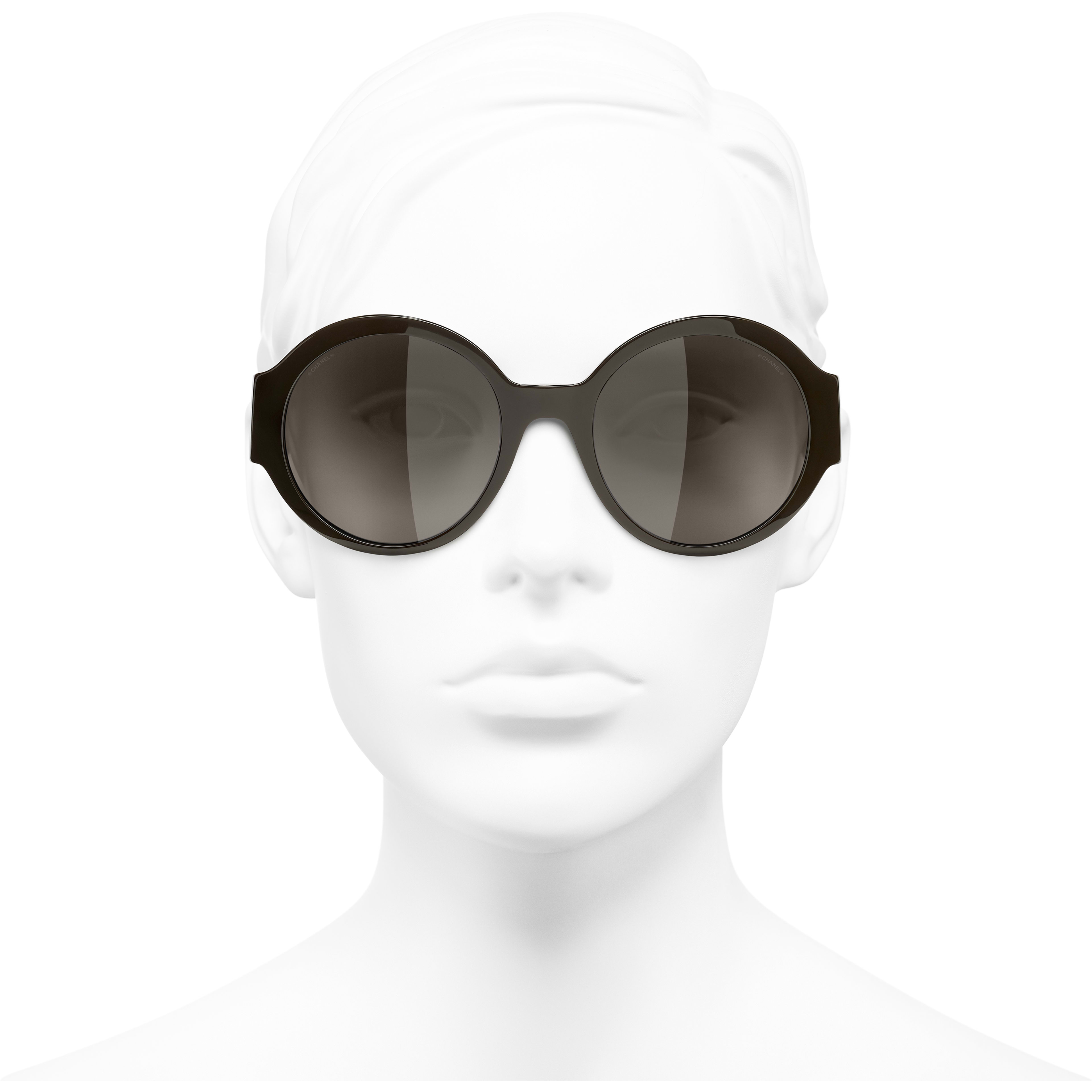 Round Sunglasses - Brown - Acetate - CHANEL - Worn front view - see standard sized version