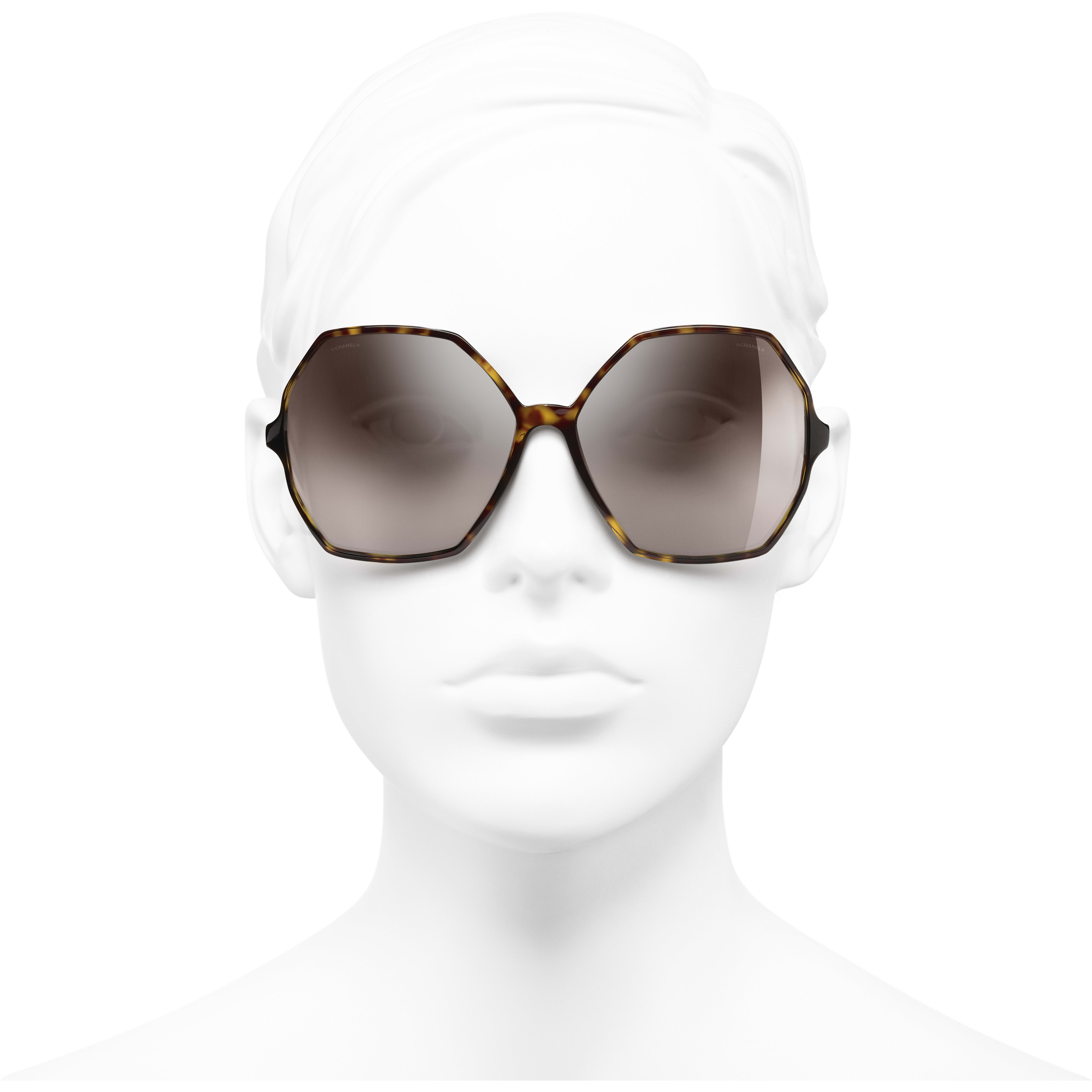 Round Sunglasses - Dark Tortoise - Acetate, Wood & Rubber - CHANEL - Worn front view - see standard sized version