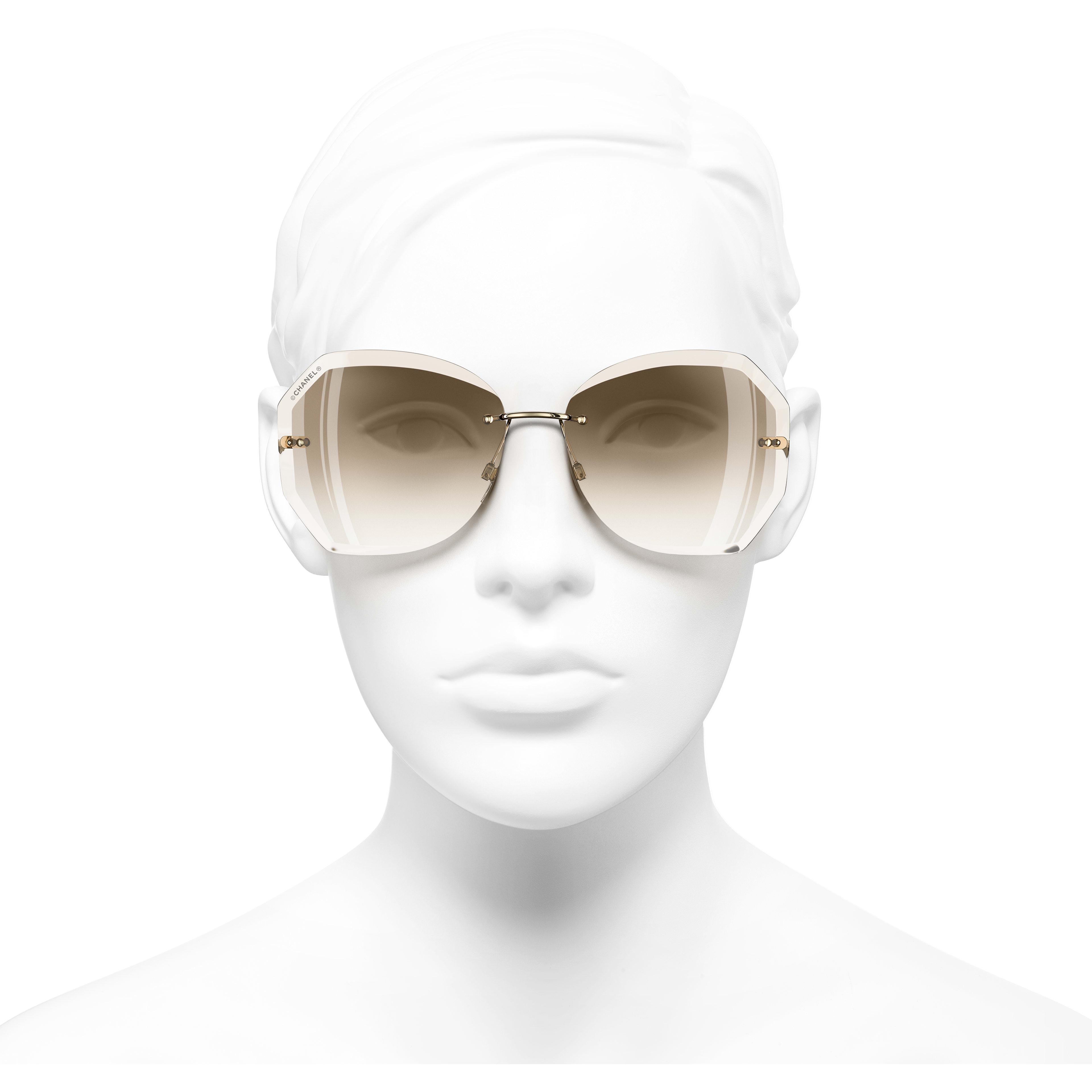 Gafas de sol redondas - Dorado y beige - Metal - CHANEL - Vista de frente puesto - ver la versión tamaño estándar