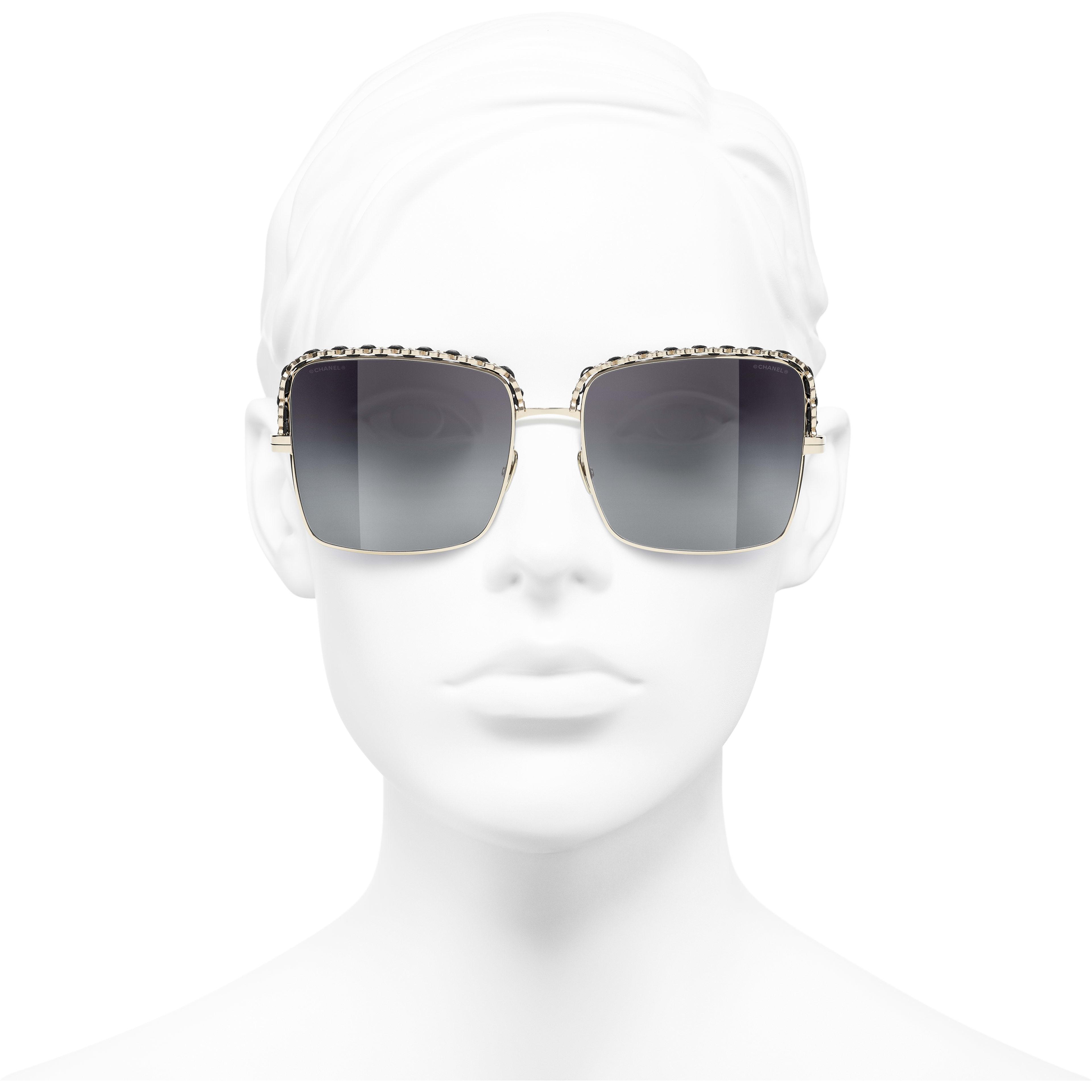 Óculos De Sol Quadrado - Gold - Metal & Lambskin - CHANEL - Vista de frente - ver a versão em tamanho standard
