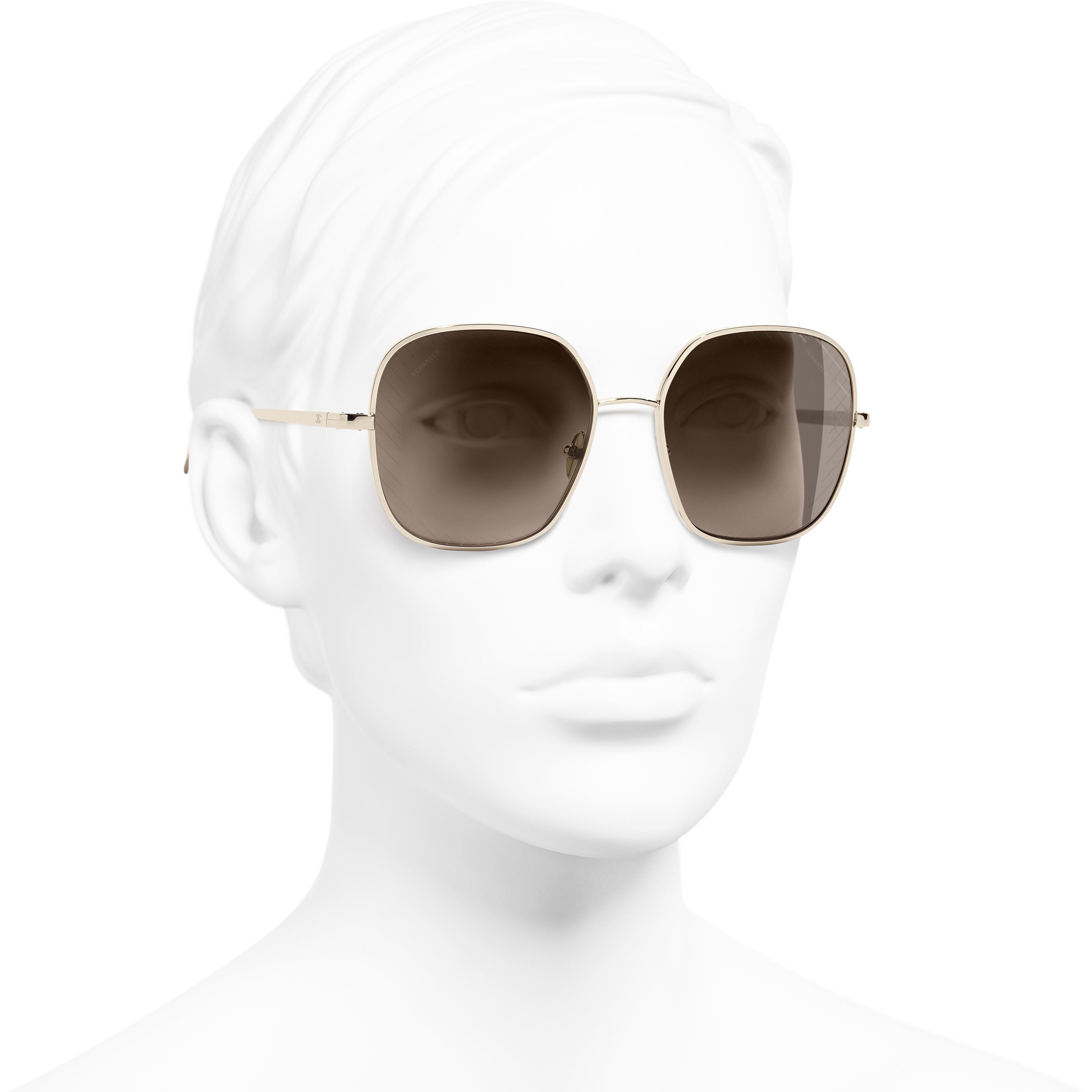 Солнцезащитные очки квадратной формы - Золотистый - Металл - Вид в три четверти - посмотреть изображение стандартного размера