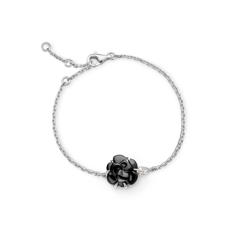 Camélia bracelet - Camélia Sculpté bracelet in black onyx, 18K white gold and diamonds - Default view - see standard sized version