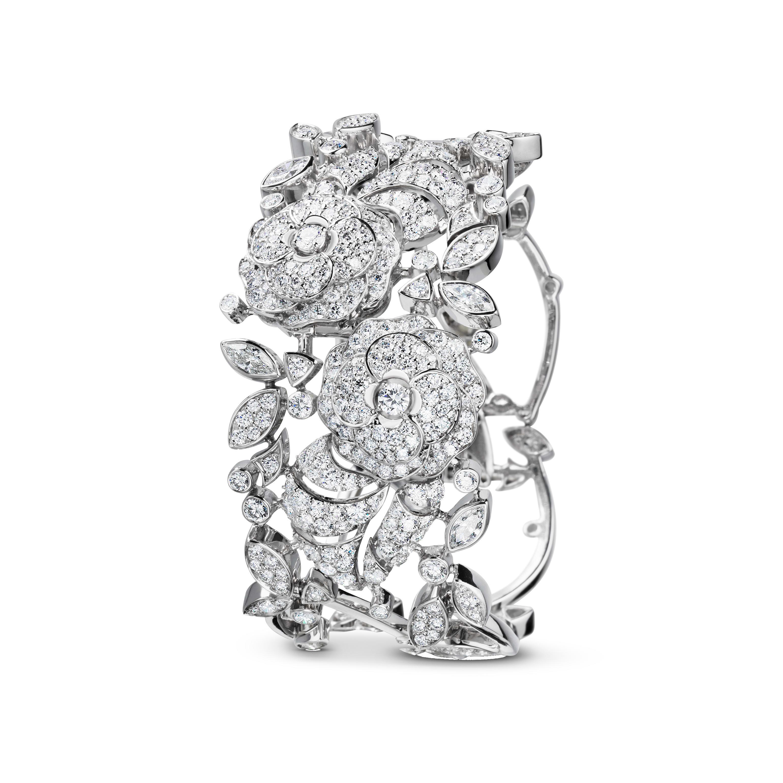Camélia Bracelet - Camélia bouquet necklace in 18K white gold, diamonds and central diamond - Default view - see standard sized version