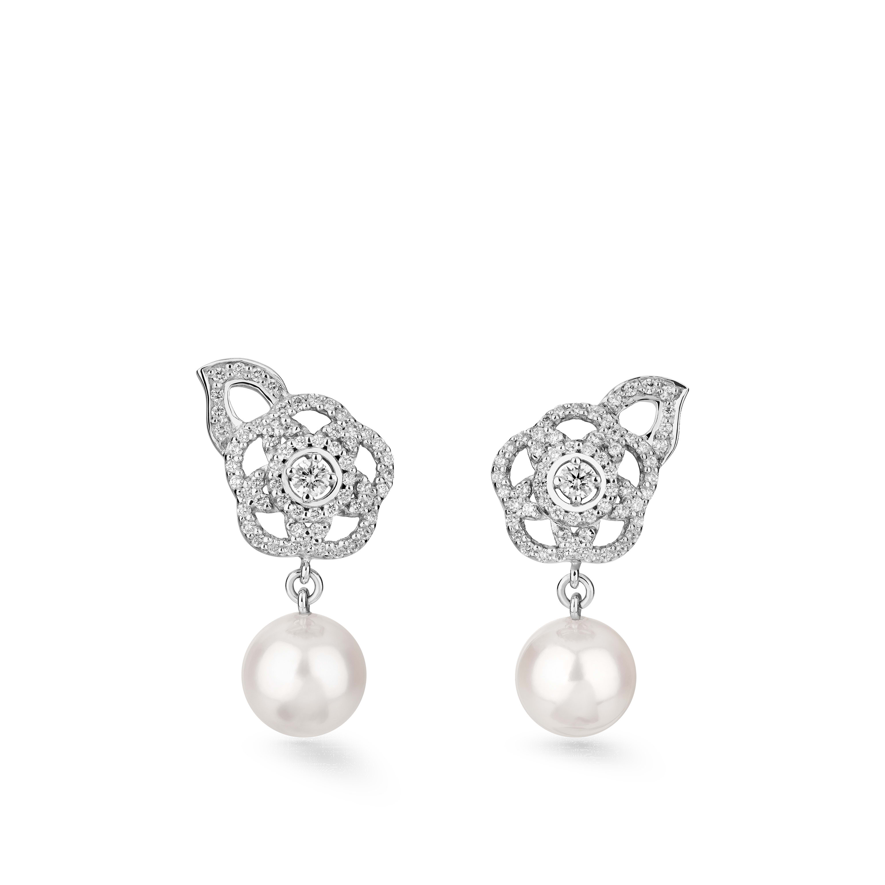 Camélia Earrings - Camélia Brodé earrings in 18K white gold, diamonds, central diamond and cultured pearls - Default view - see standard sized version