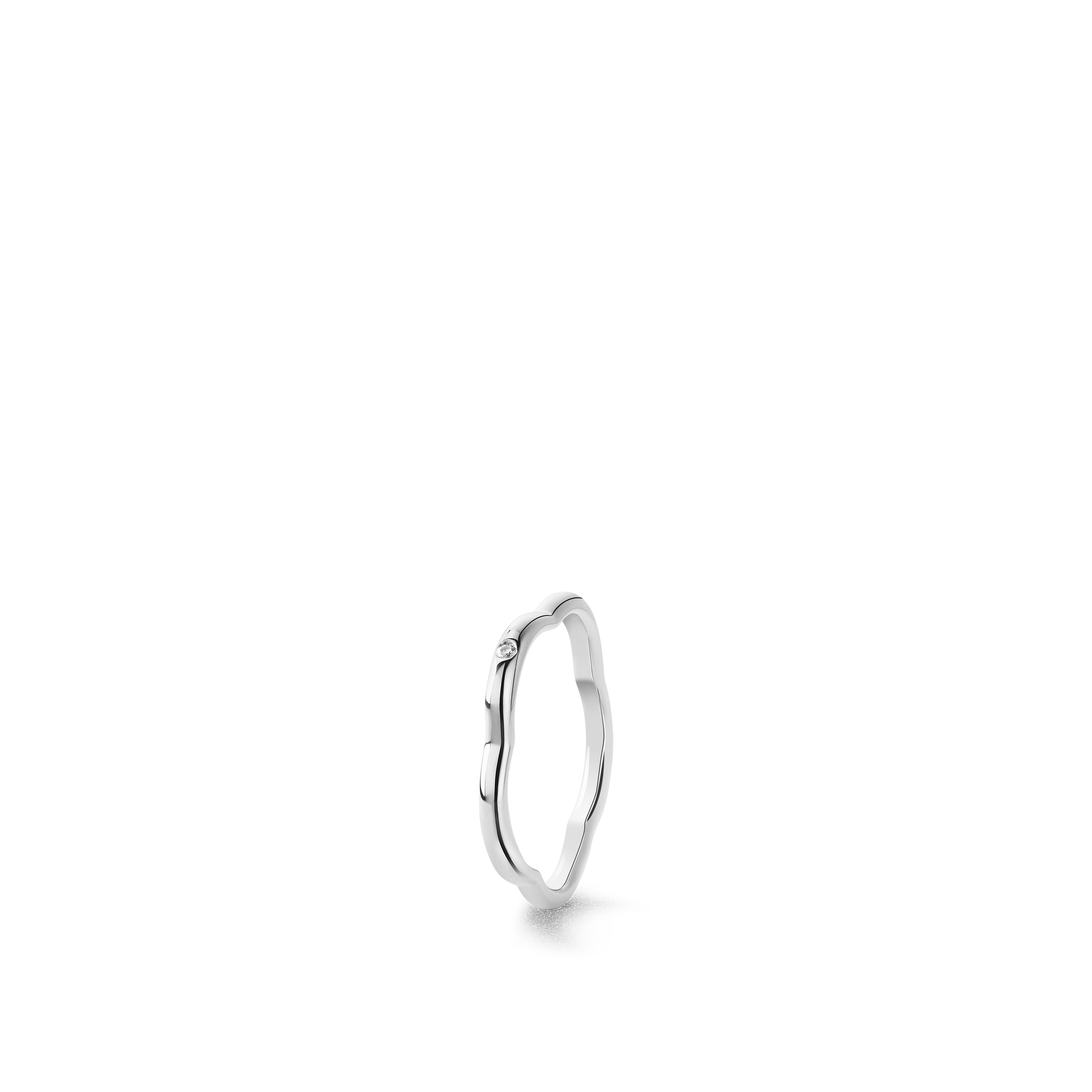 Camélia Ring - Profil de Camélia ring in 18K white gold and central diamond - Default view - see standard sized version