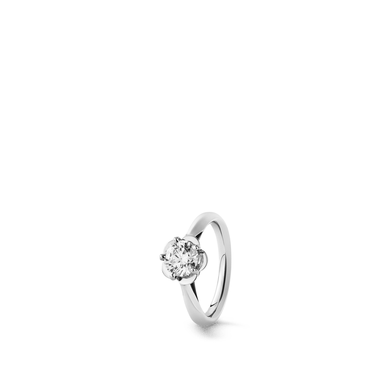 Camélia solitaire ring - Platinum, center diamond - CHANEL - Default view - see standard sized version