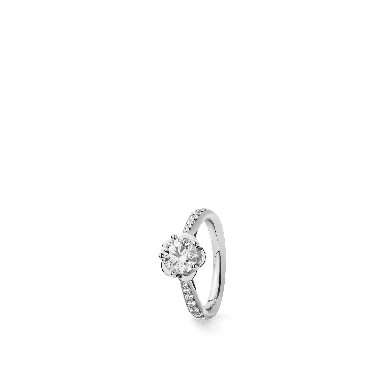 Camélia solitaire ring - Platinum, center diamond, diamonds - CHANEL - Default view - see standard sized version