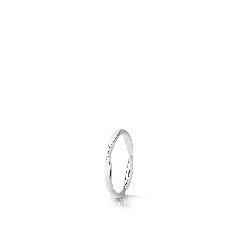 Camélia wedding band - Platinum - CHANEL - Default view - see standard sized version