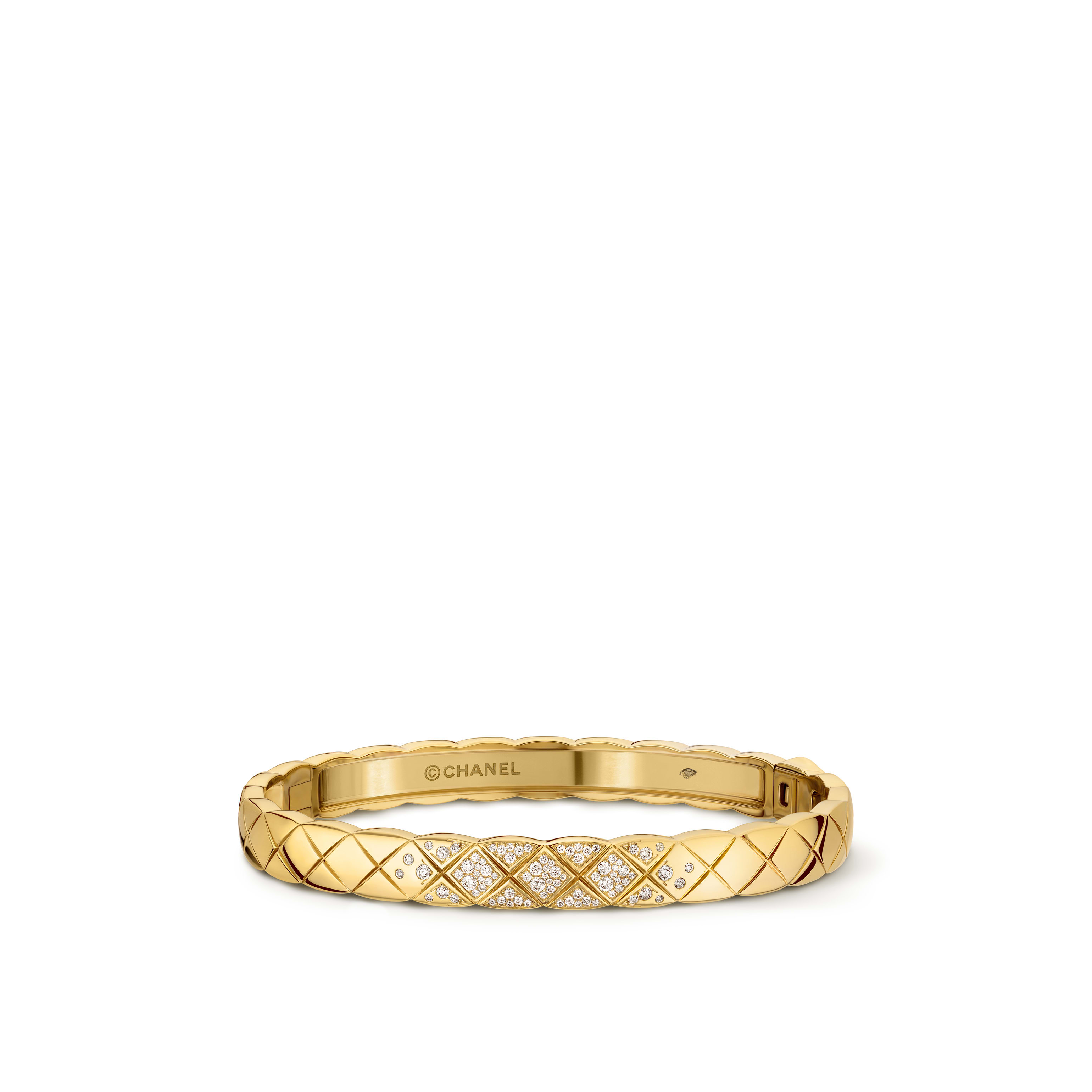 Coco Crush bracelet - Quilted motif, 18K yellow gold, diamonds - CHANEL - Default view - see standard sized version