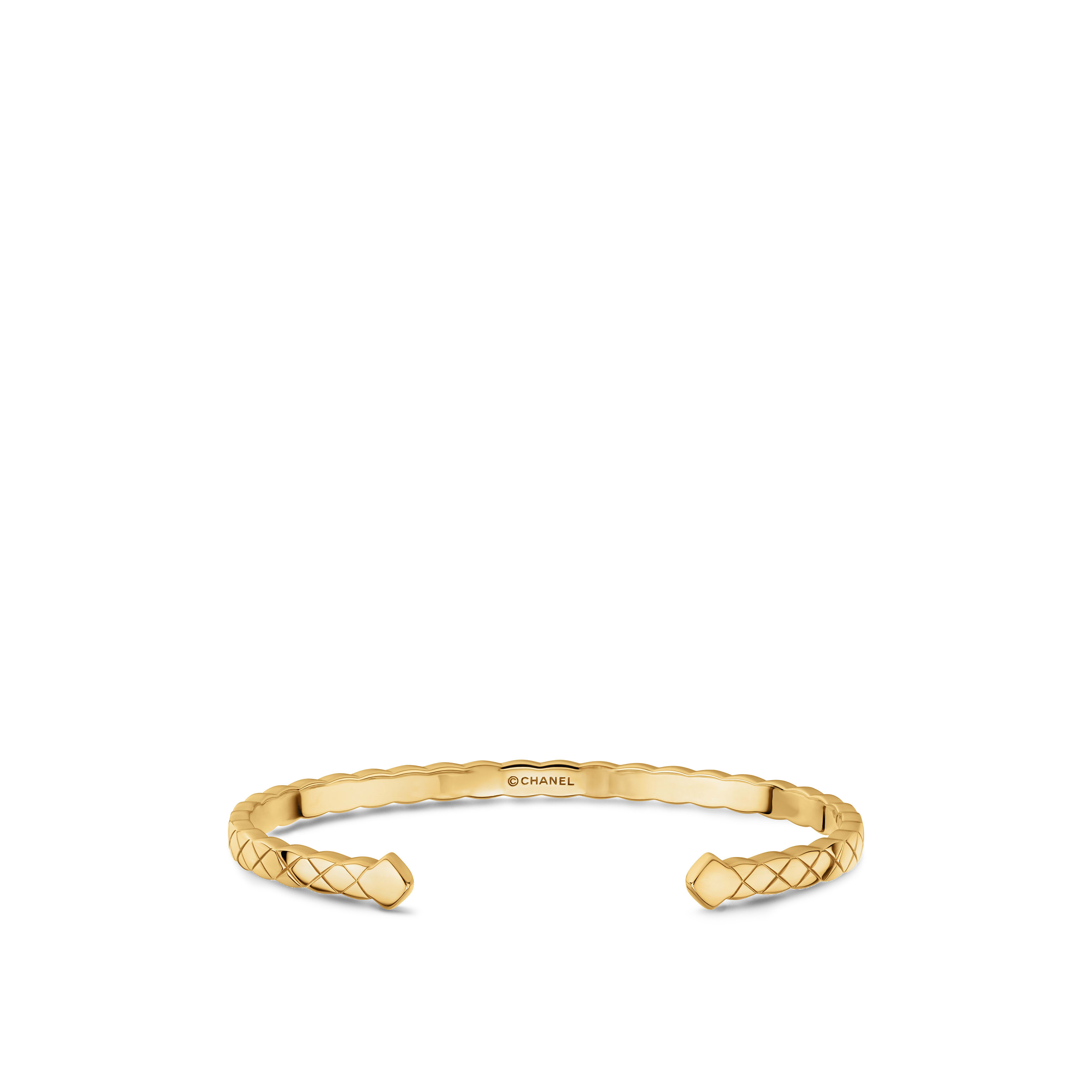 Coco Crush bracelet - Quilted motif, 18K yellow gold - CHANEL - Default view - see standard sized version
