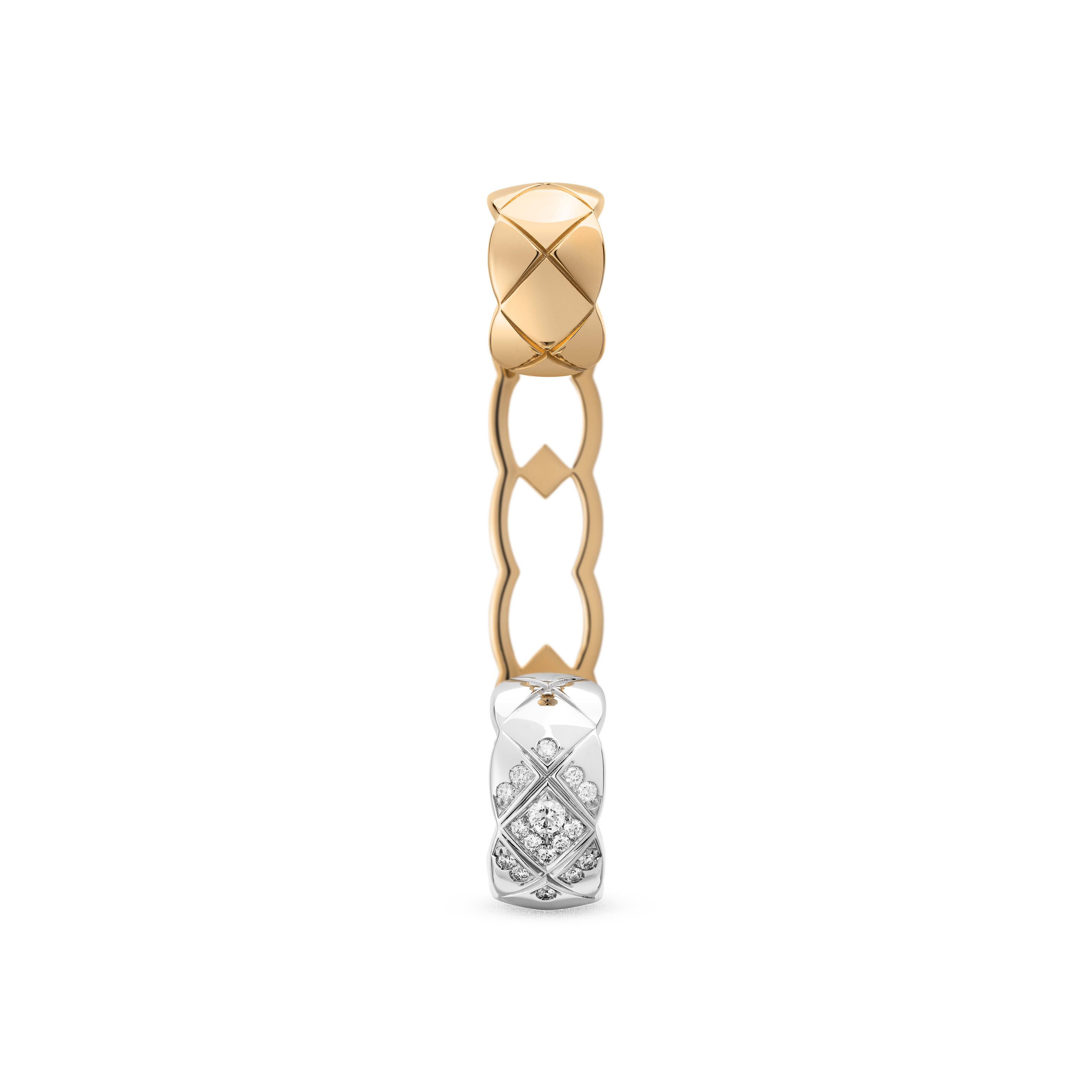 Coco Crush ear cuff - Quilted motif, 18K white gold and BEIGE GOLD, diamonds - CHANEL - Default view - see standard sized version
